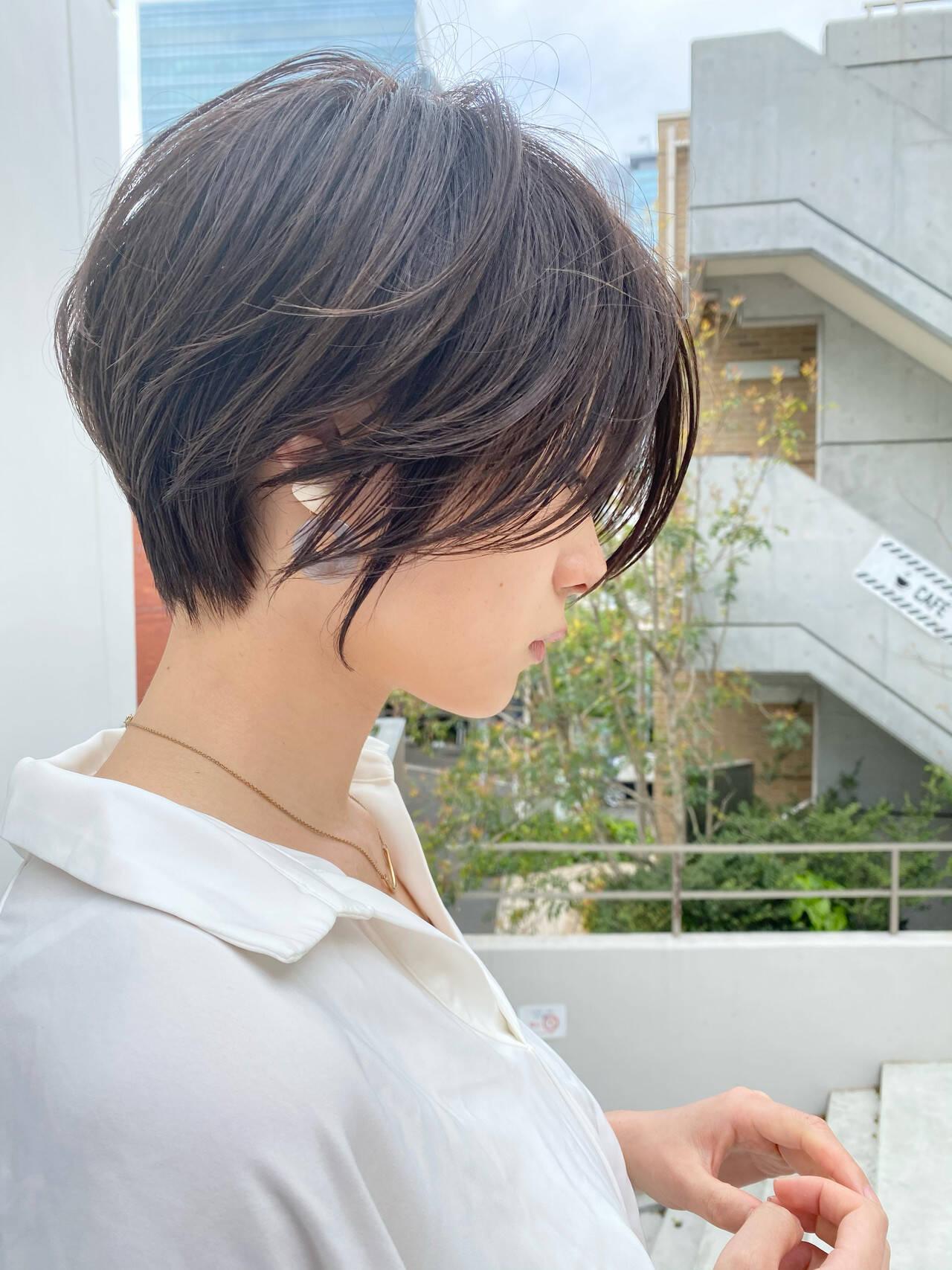 ショートヘア マッシュショート ナチュラル ショートボブヘアスタイルや髪型の写真・画像