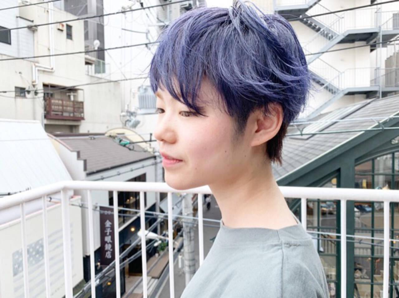 アッシュベージュ ネイビーアッシュ スモーキーアッシュベージュ ショートヘアスタイルや髪型の写真・画像