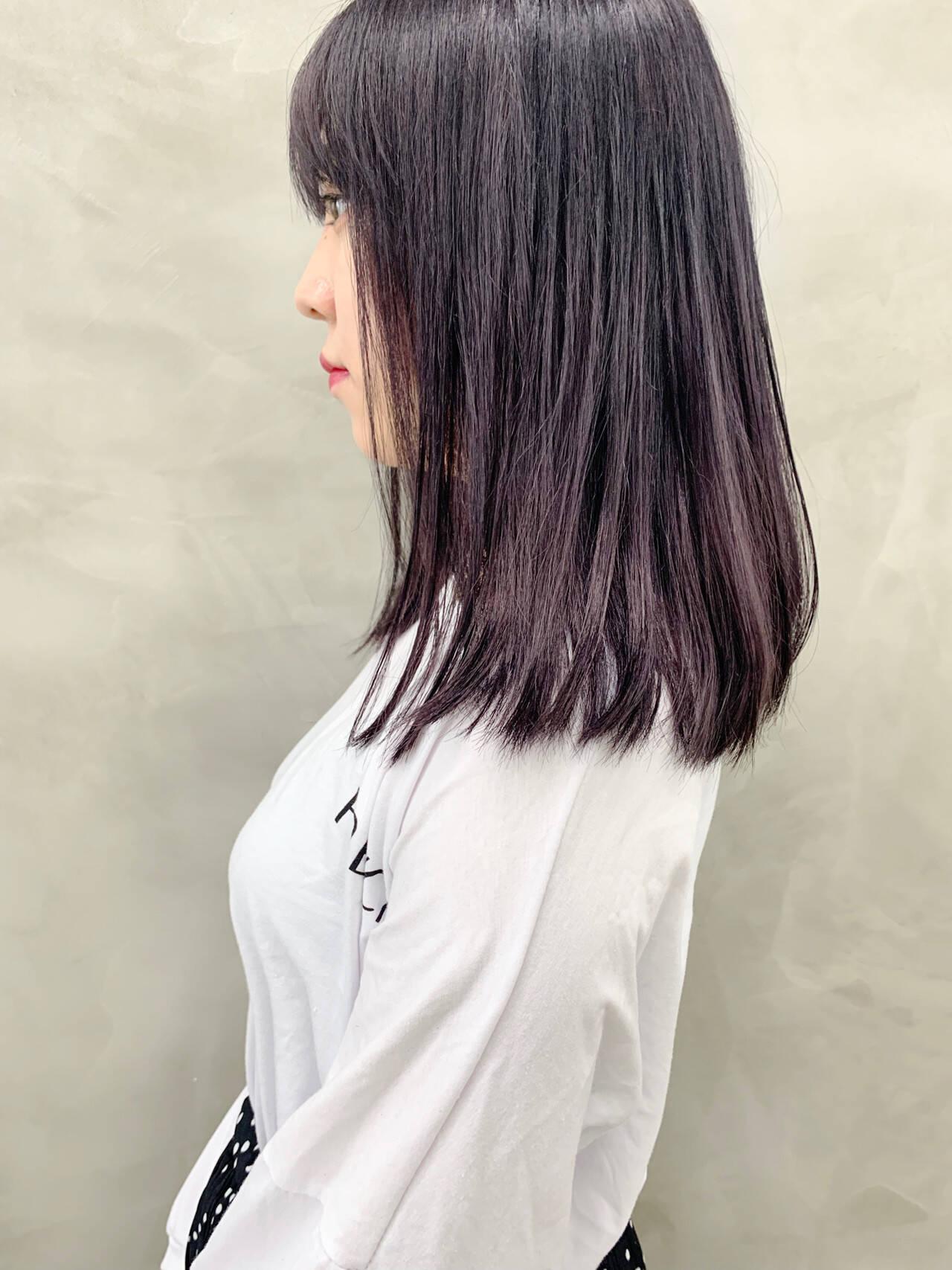 ミディアム ラベンダーカラー ブリーチ ラベンダーグレージュヘアスタイルや髪型の写真・画像
