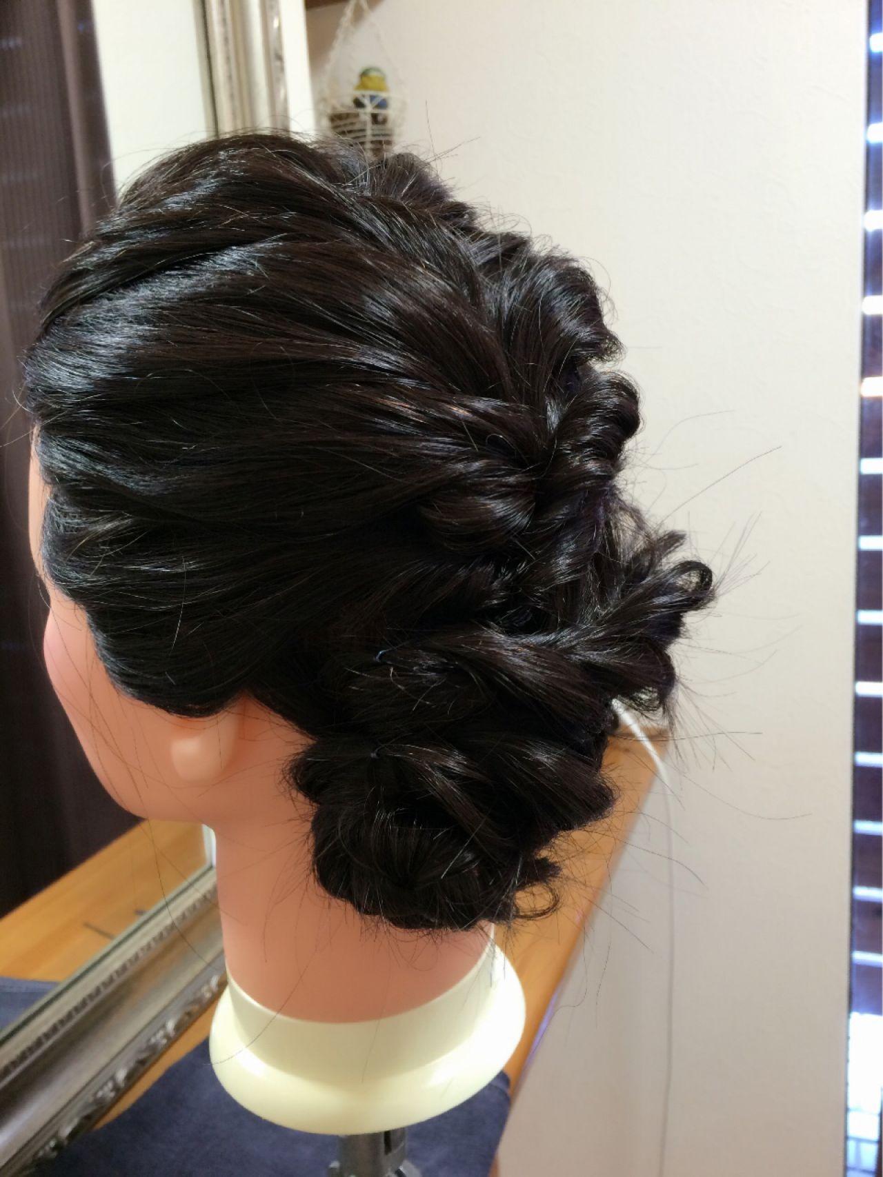 ゆるふわ フェミニン 黒髪 ヘアアレンジヘアスタイルや髪型の写真・画像