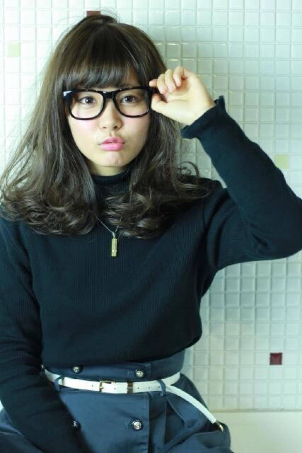 暗髪 モテ髪 ミディアム ストリートヘアスタイルや髪型の写真・画像