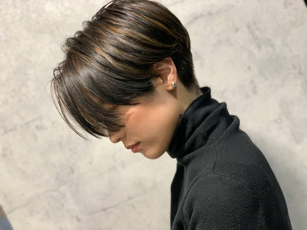 モード ショートボブ 極細ハイライト ハンサムショートヘアスタイルや髪型の写真・画像