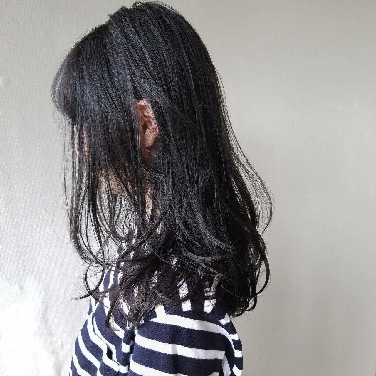 透明感 アッシュ カール アッシュブラックヘアスタイルや髪型の写真・画像