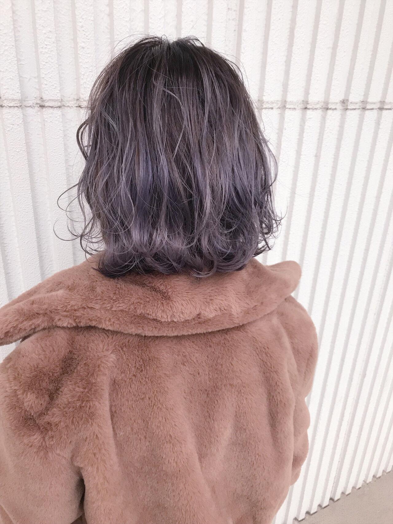 ラベンダーグレー デート ラベンダー ボブヘアスタイルや髪型の写真・画像