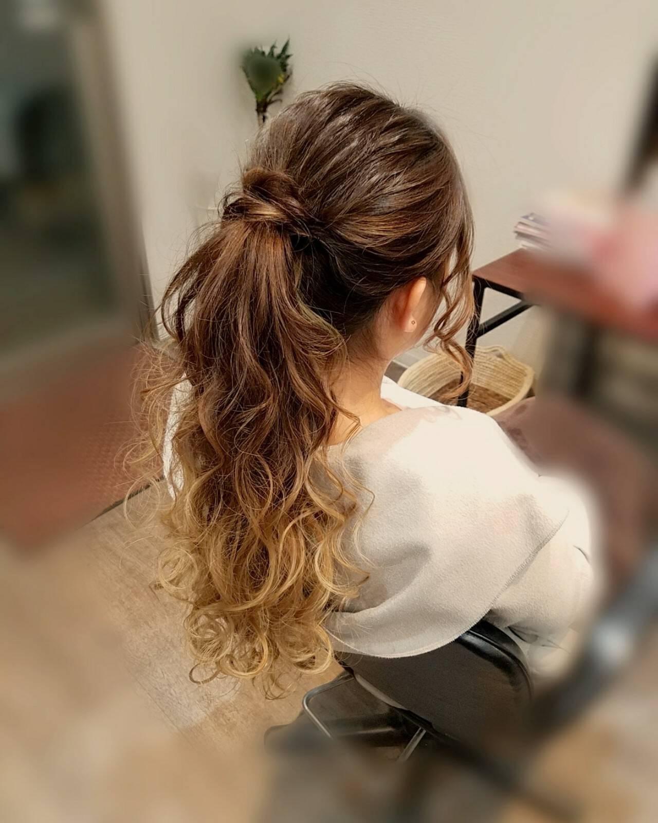 ナチュラル ポニーテール ヘアアレンジ ロングヘアスタイルや髪型の写真・画像