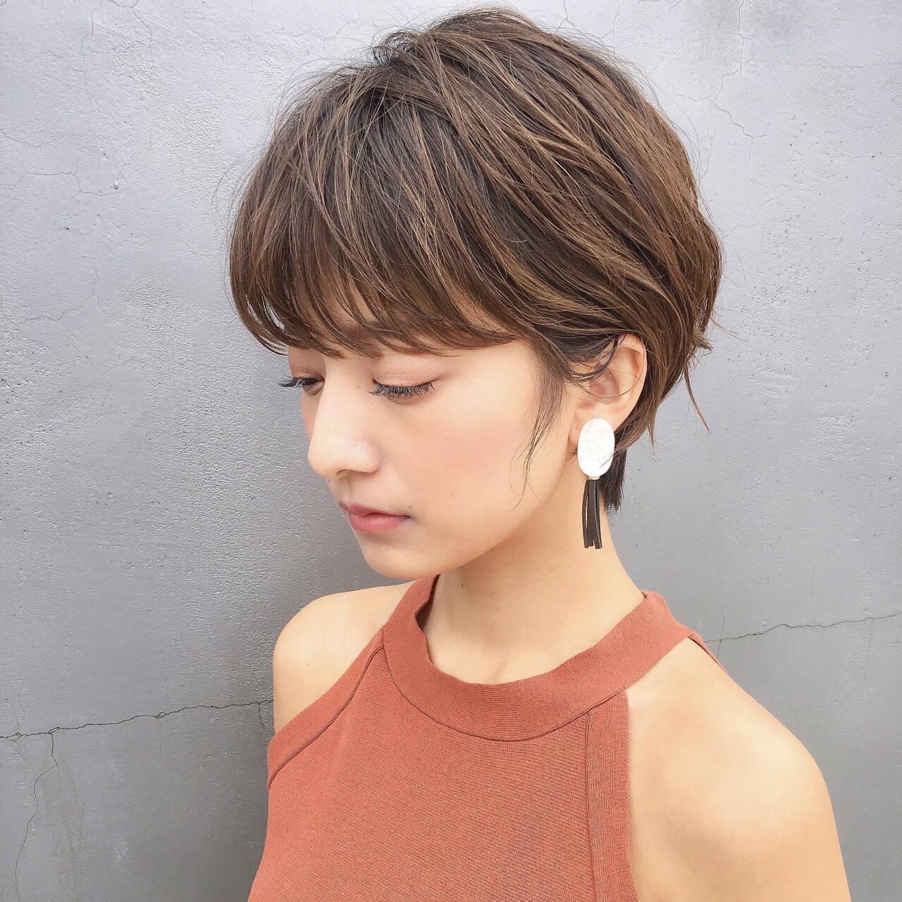 アンニュイ ショート リラックス 色気ヘアスタイルや髪型の写真・画像