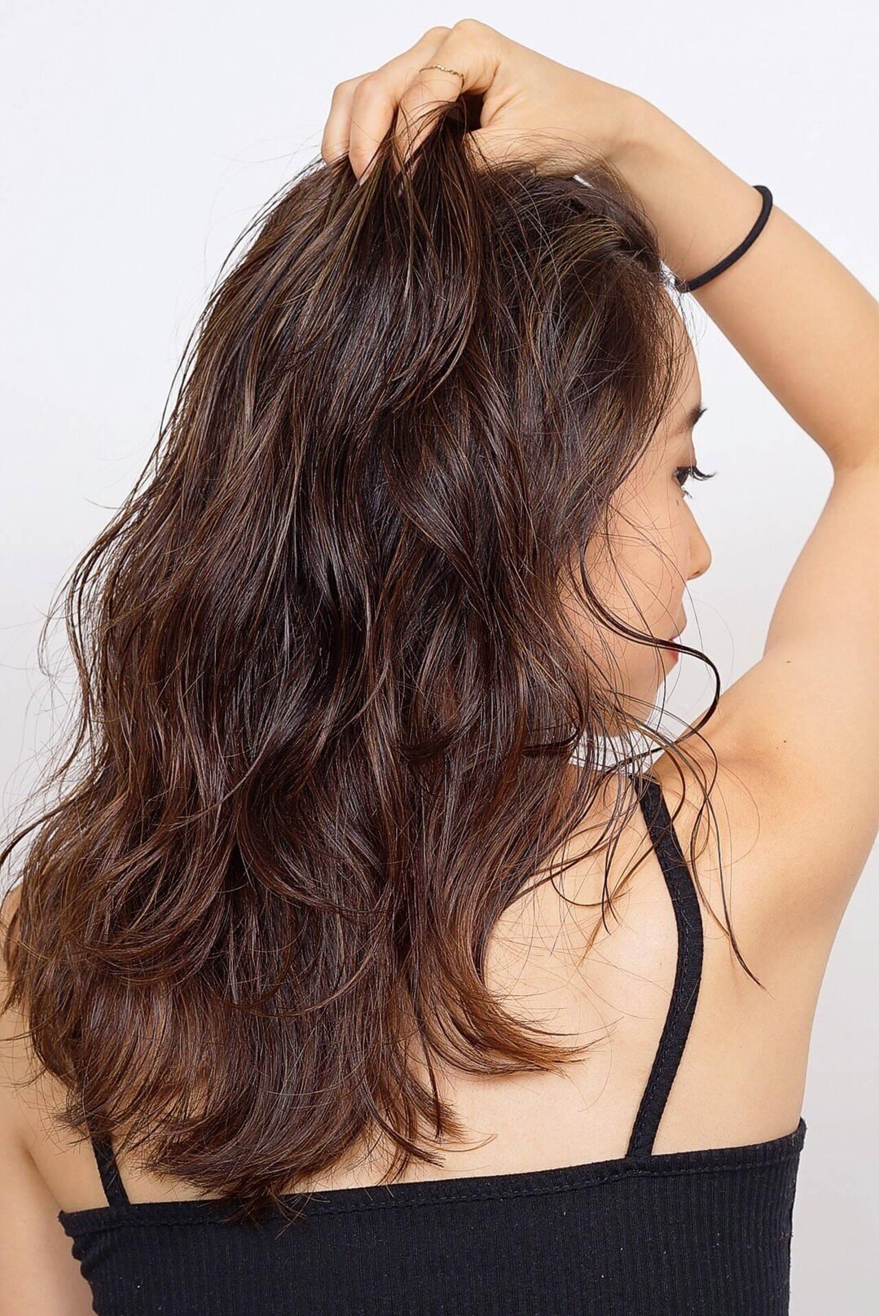 ロング 大人ロング モカブラウン まとまりヘアスタイルや髪型の写真・画像