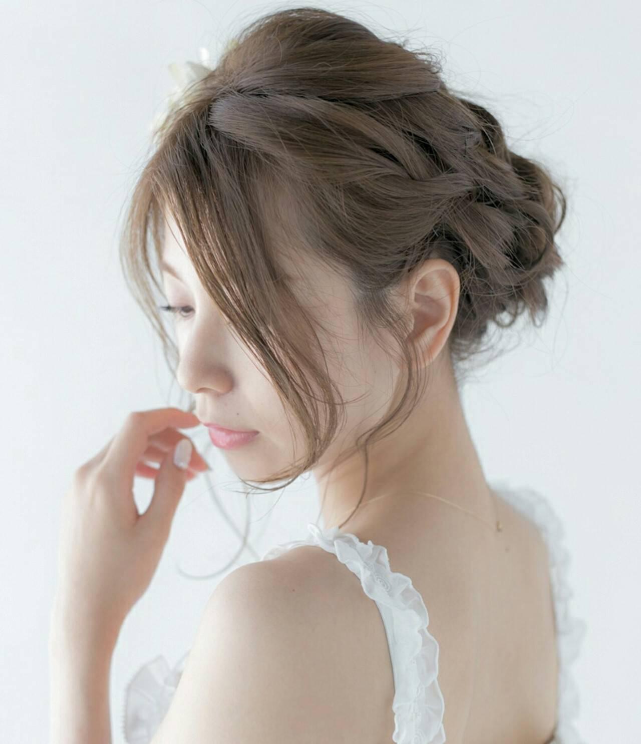 ねじり セミロング パーティ 結婚式ヘアスタイルや髪型の写真・画像