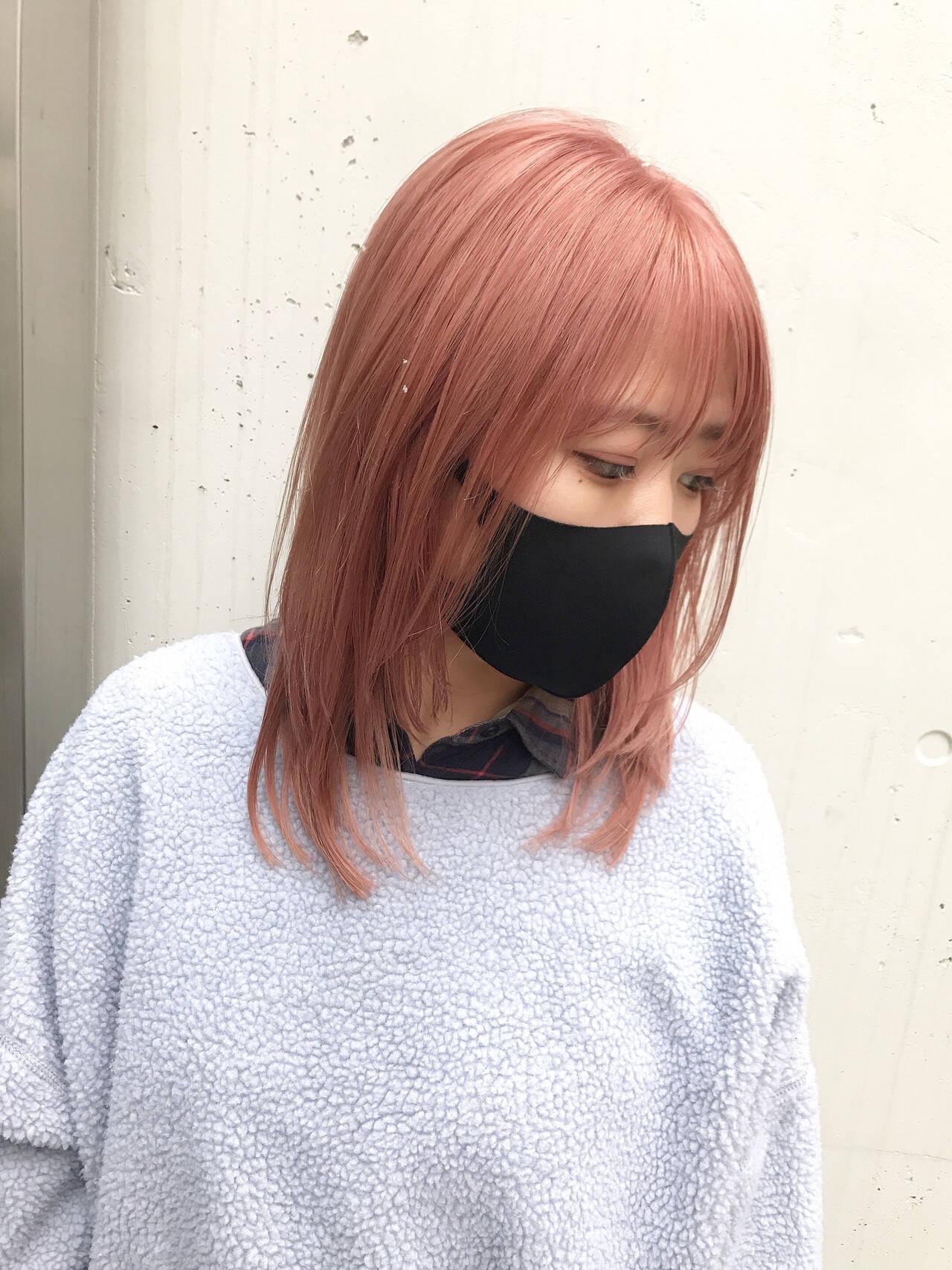 ガーリー ハイトーン ハイトーンカラー ミディアムヘアスタイルや髪型の写真・画像