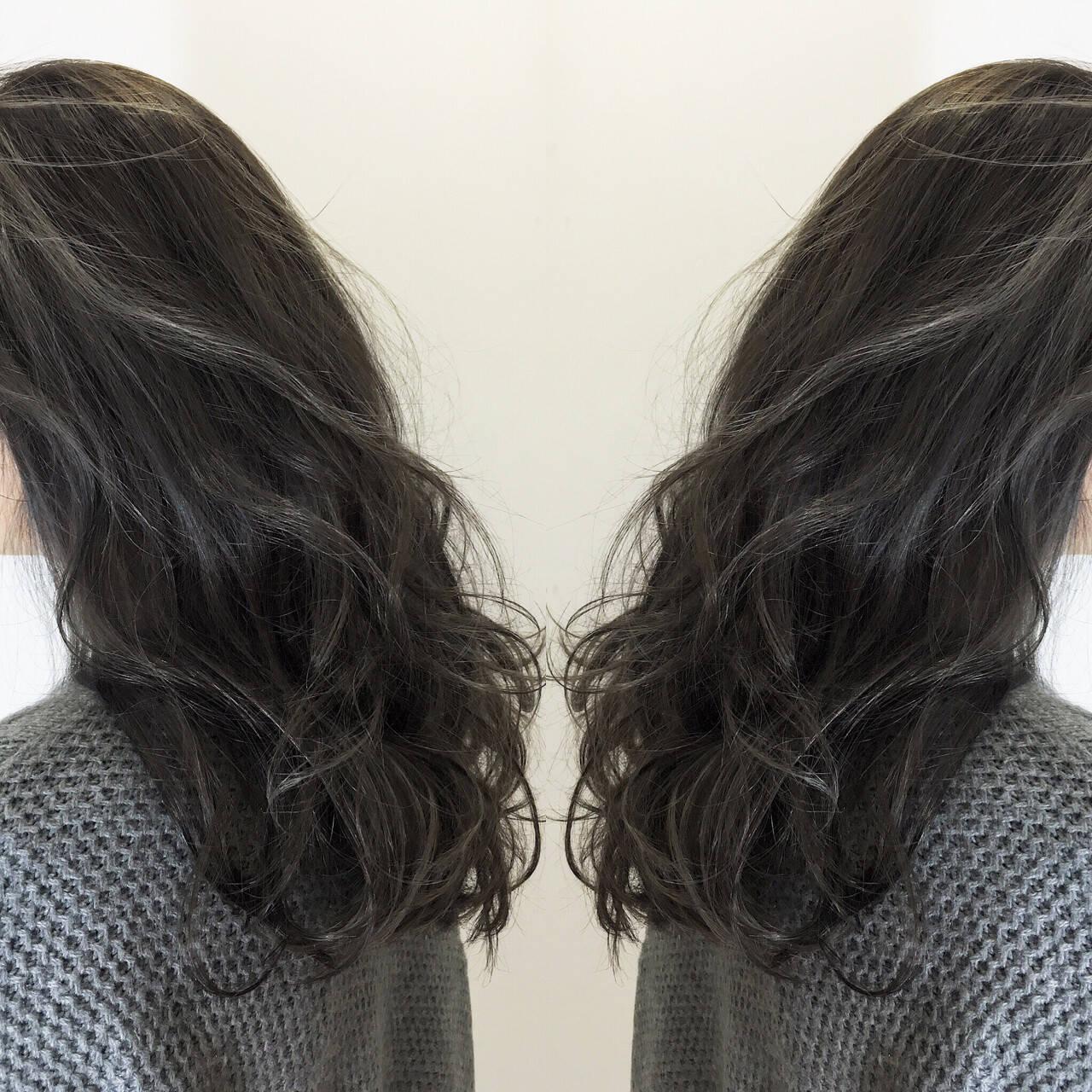 外国人風カラー レイヤーカット エレガント セミロングヘアスタイルや髪型の写真・画像