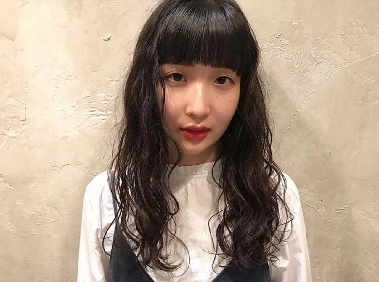 無造作パーマ スパイラルパーマ パーマ ナチュラルヘアスタイルや髪型の写真・画像