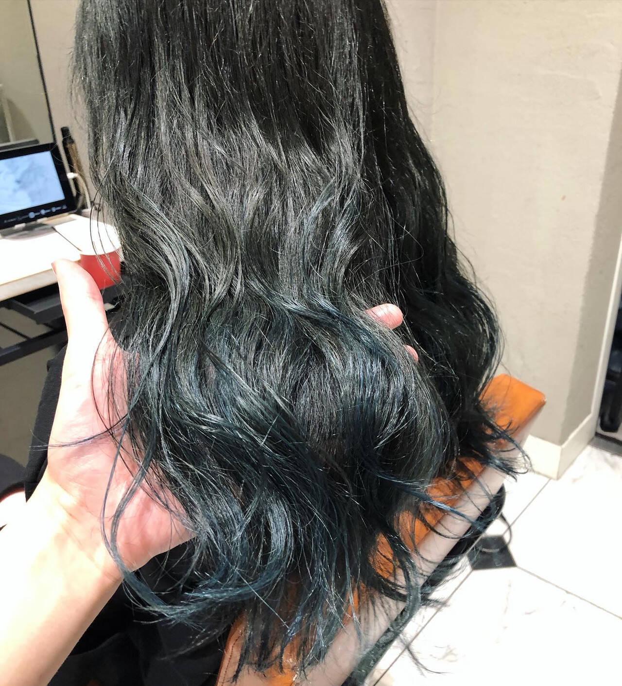 ロング ストリート ネイビーブルー ブルーヘアスタイルや髪型の写真・画像