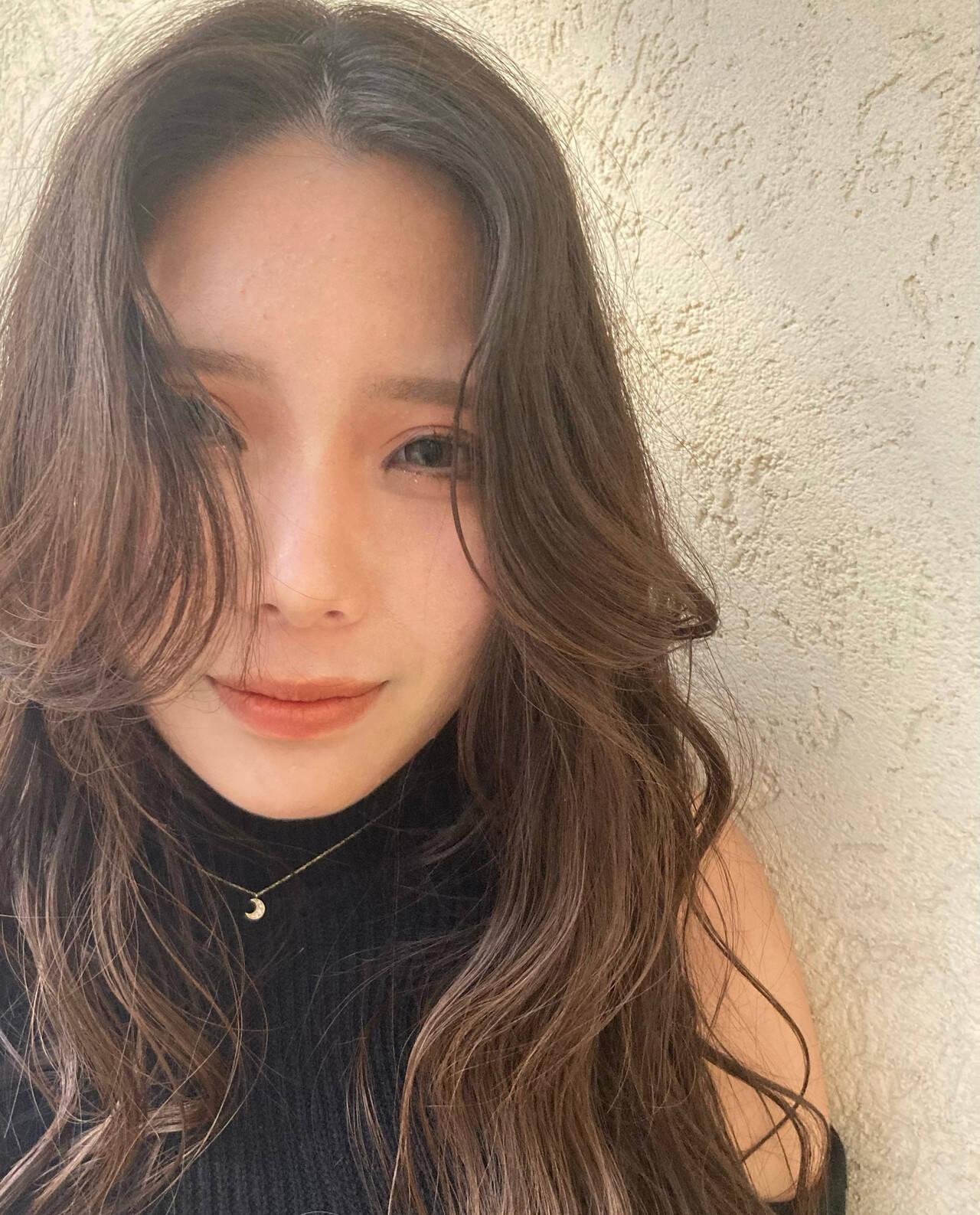 韓国ヘア 韓国 簡単スタイリング ロングヘアスタイルや髪型の写真・画像