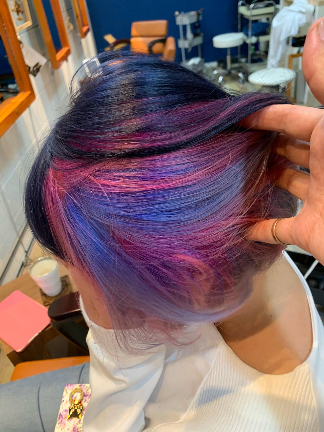 ガーリー ミニボブ ブリーチカラー インナーカラーパープルヘアスタイルや髪型の写真・画像