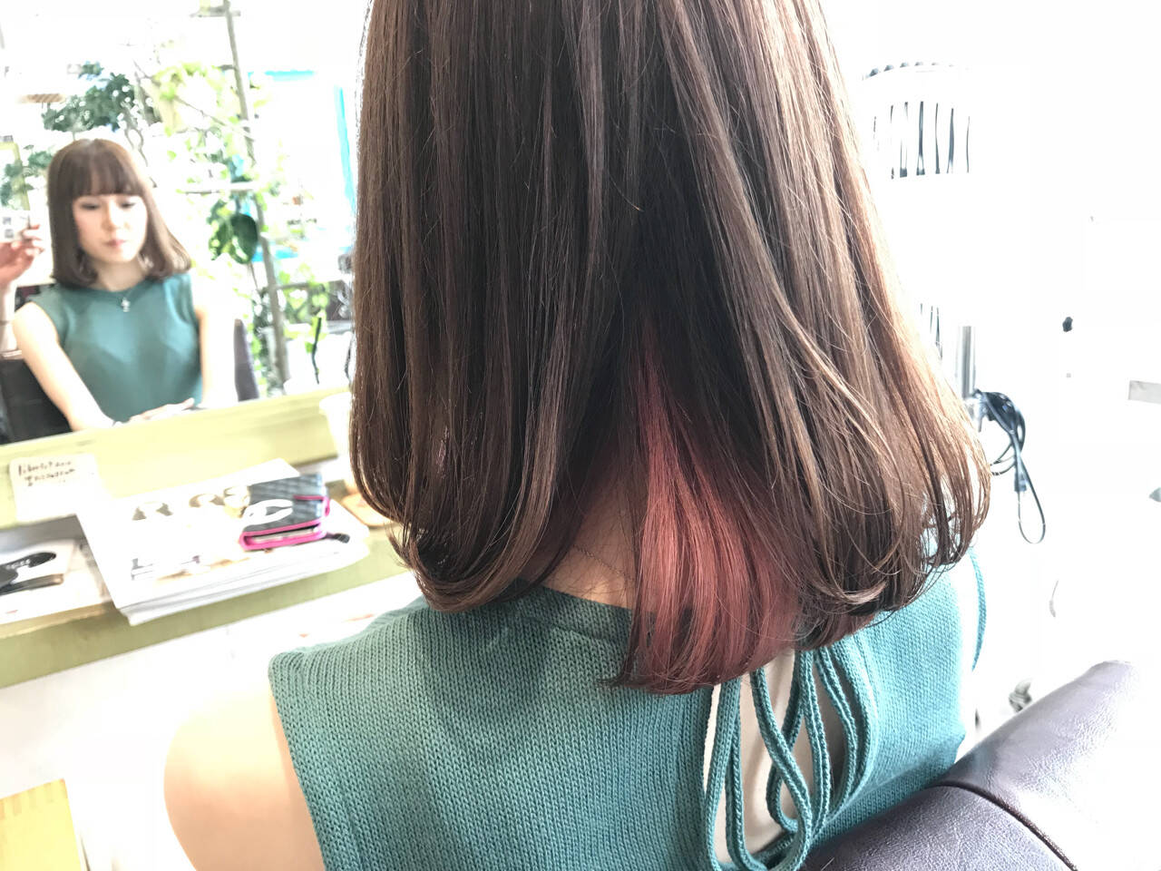 インナーカラー 夏 グレージュ 大人かわいいヘアスタイルや髪型の写真・画像