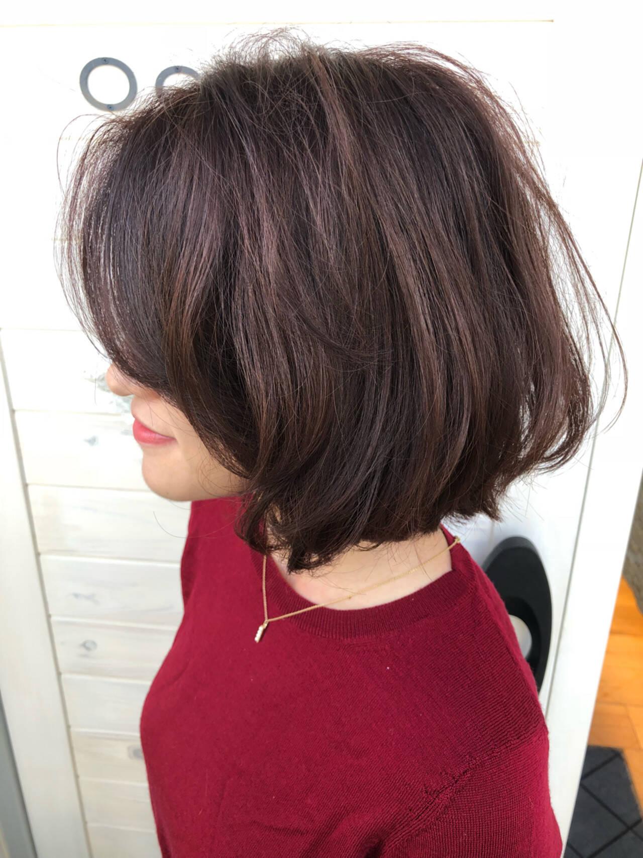 ウェーブ ボブ ワンレングス 切りっぱなしヘアスタイルや髪型の写真・画像