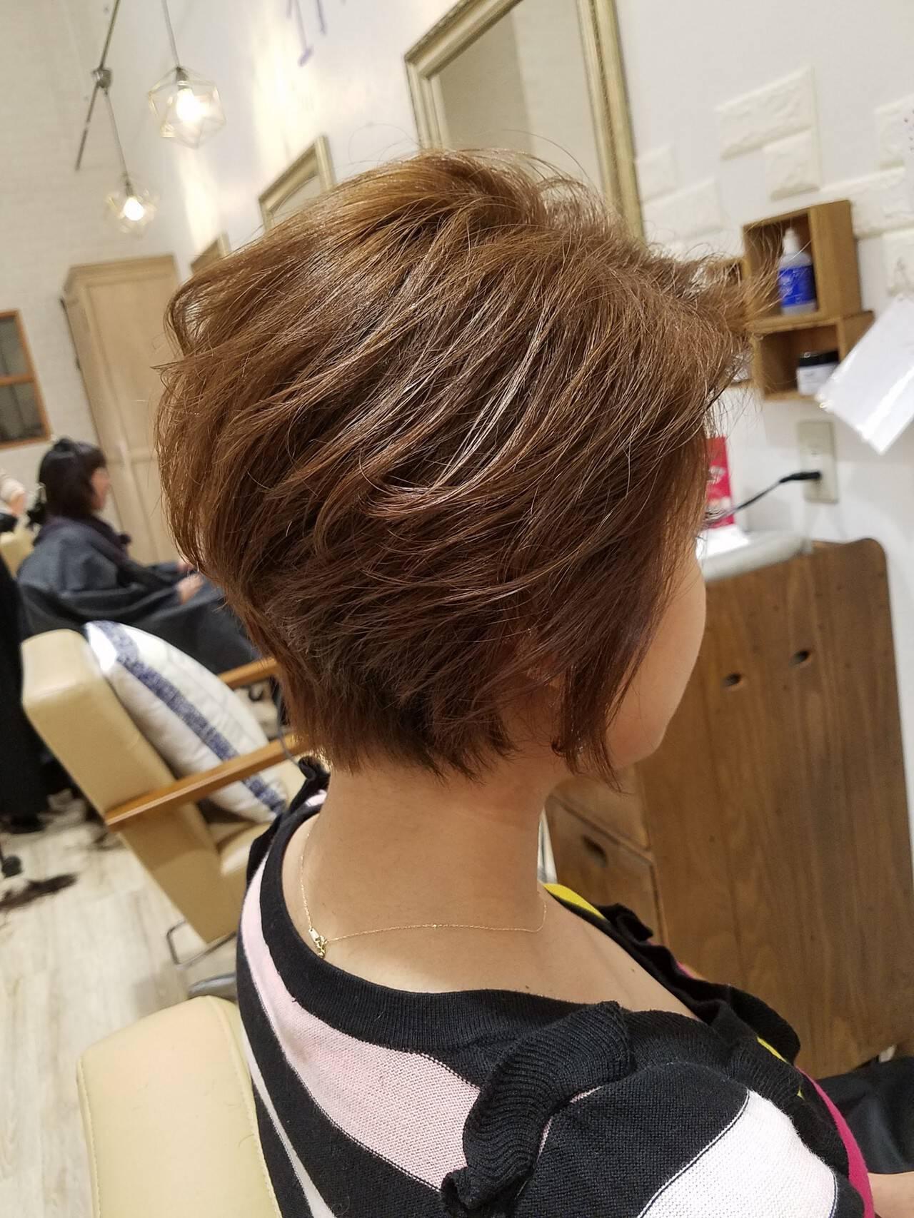 ショート ショートボブ オフィス ヘアアレンジヘアスタイルや髪型の写真・画像