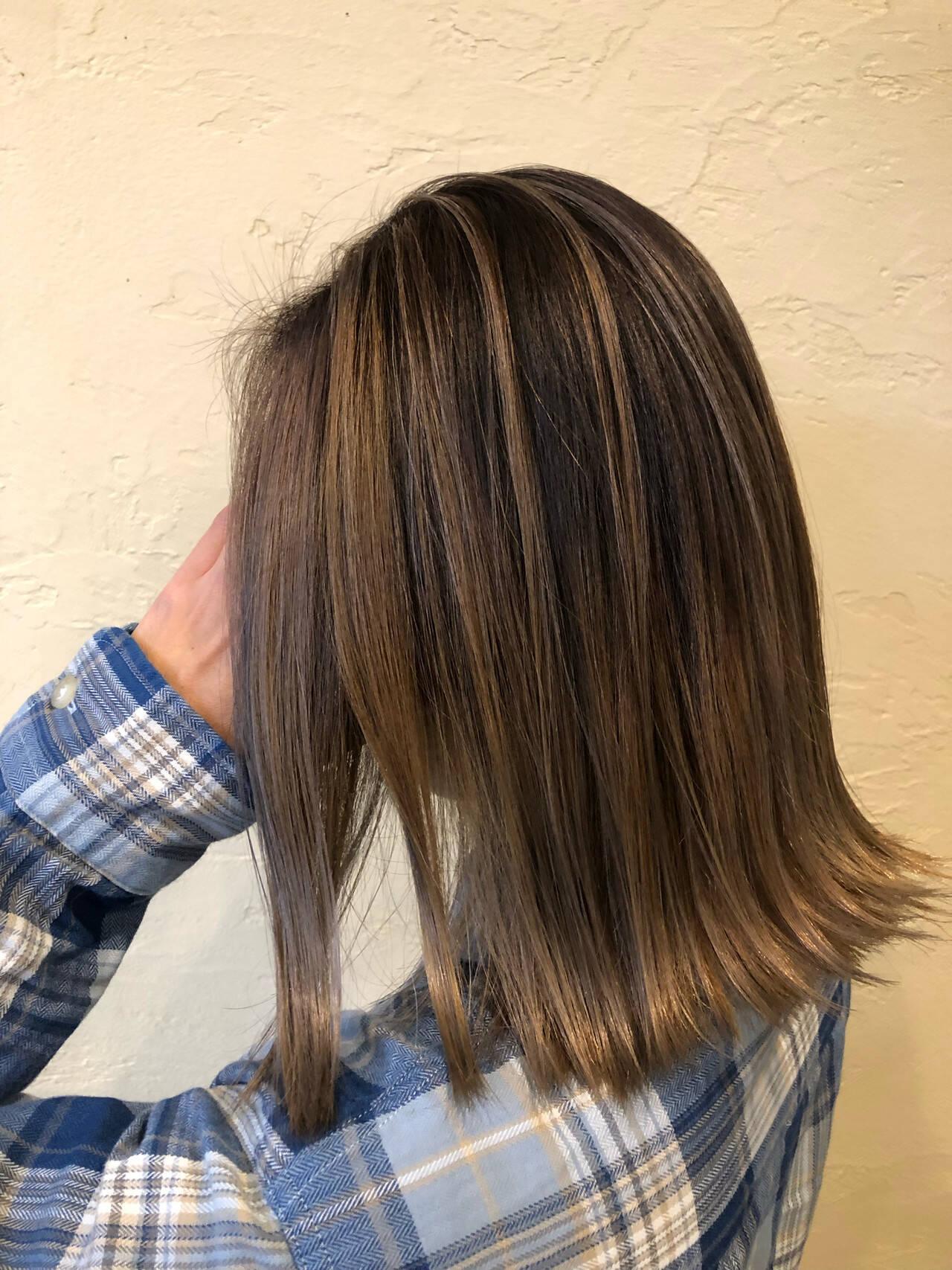 外ハネボブ ストリート 透け感アッシュ 透け感ヘアヘアスタイルや髪型の写真・画像