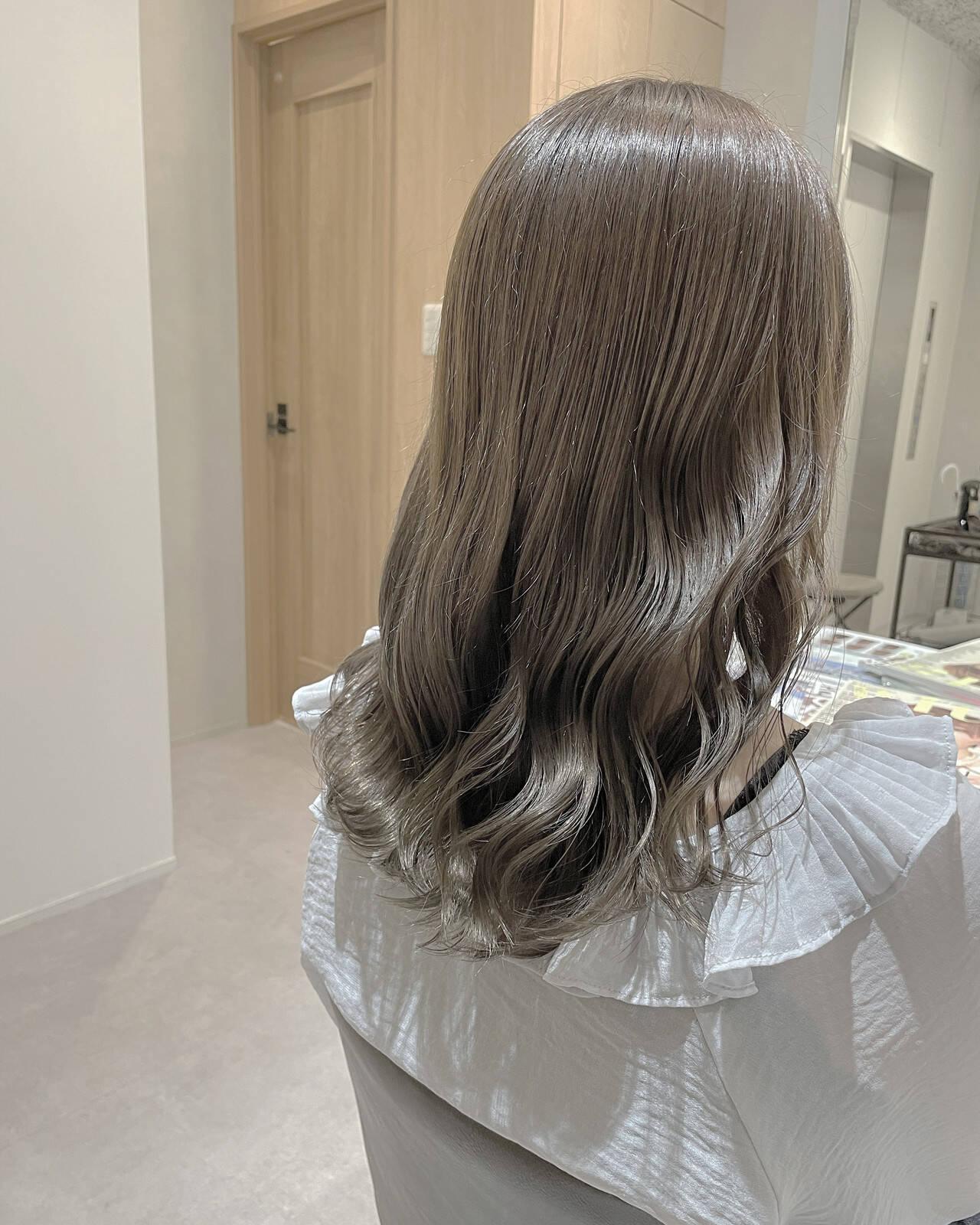 韓国 透明感カラー ヘアカラー ナチュラルヘアスタイルや髪型の写真・画像