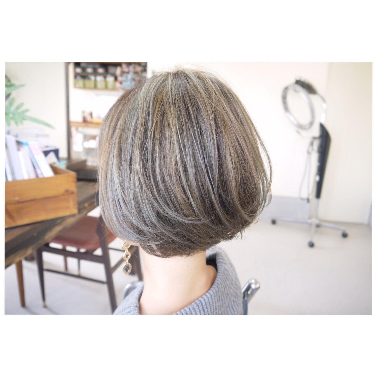 ナチュラル ハイライト ダブルカラー スライシングハイライトヘアスタイルや髪型の写真・画像