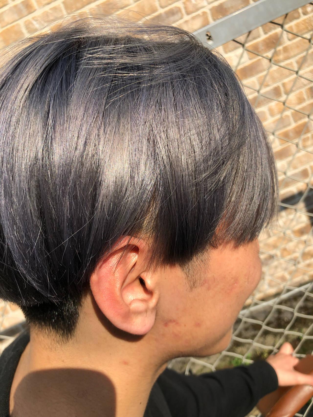 グレージュ アッシュグレージュ ショート モードヘアスタイルや髪型の写真・画像