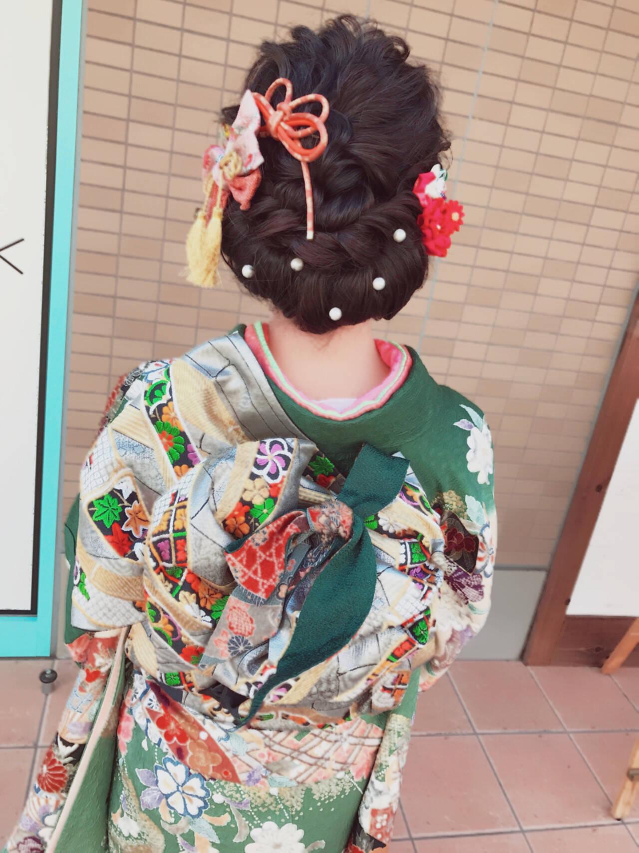 セミロング 黒髪 アップスタイル 成人式ヘアスタイルや髪型の写真・画像