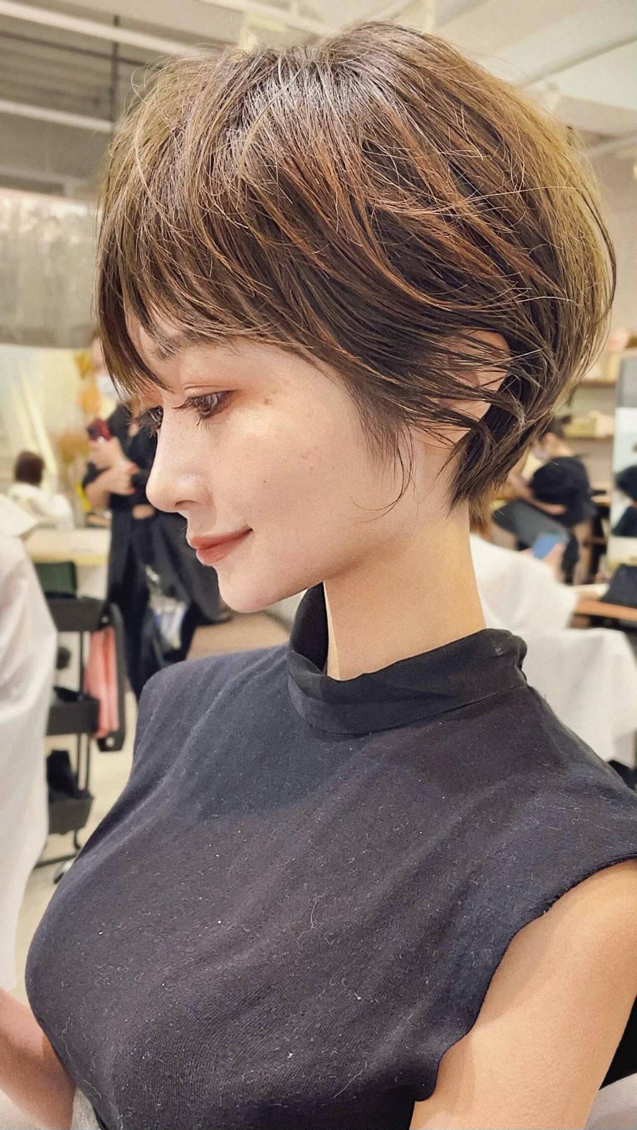 ショート ショートヘア ベリーショート ナチュラルヘアスタイルや髪型の写真・画像