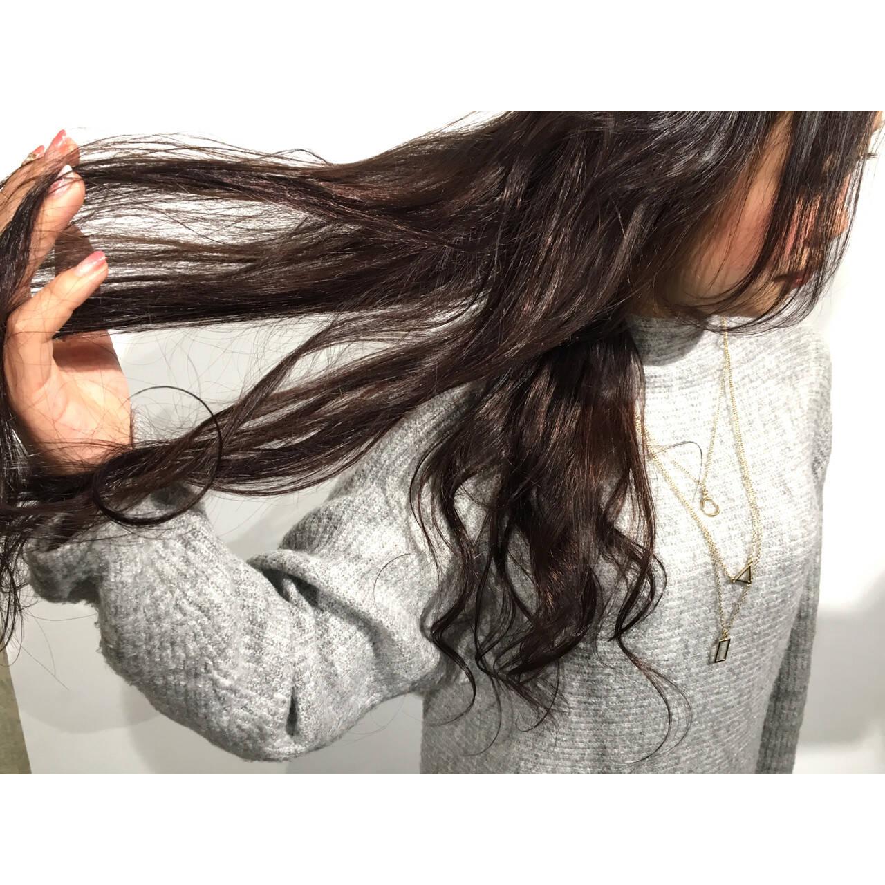 アッシュ ゆるふわ 外国人風 暗髪ヘアスタイルや髪型の写真・画像