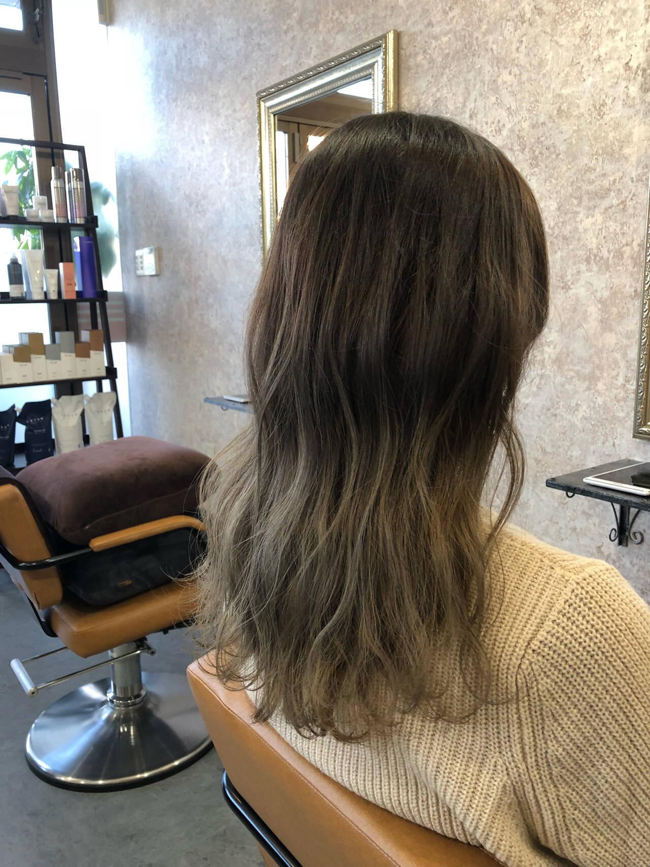 ナチュラル デート グラデーションカラー ゆるふわヘアスタイルや髪型の写真・画像