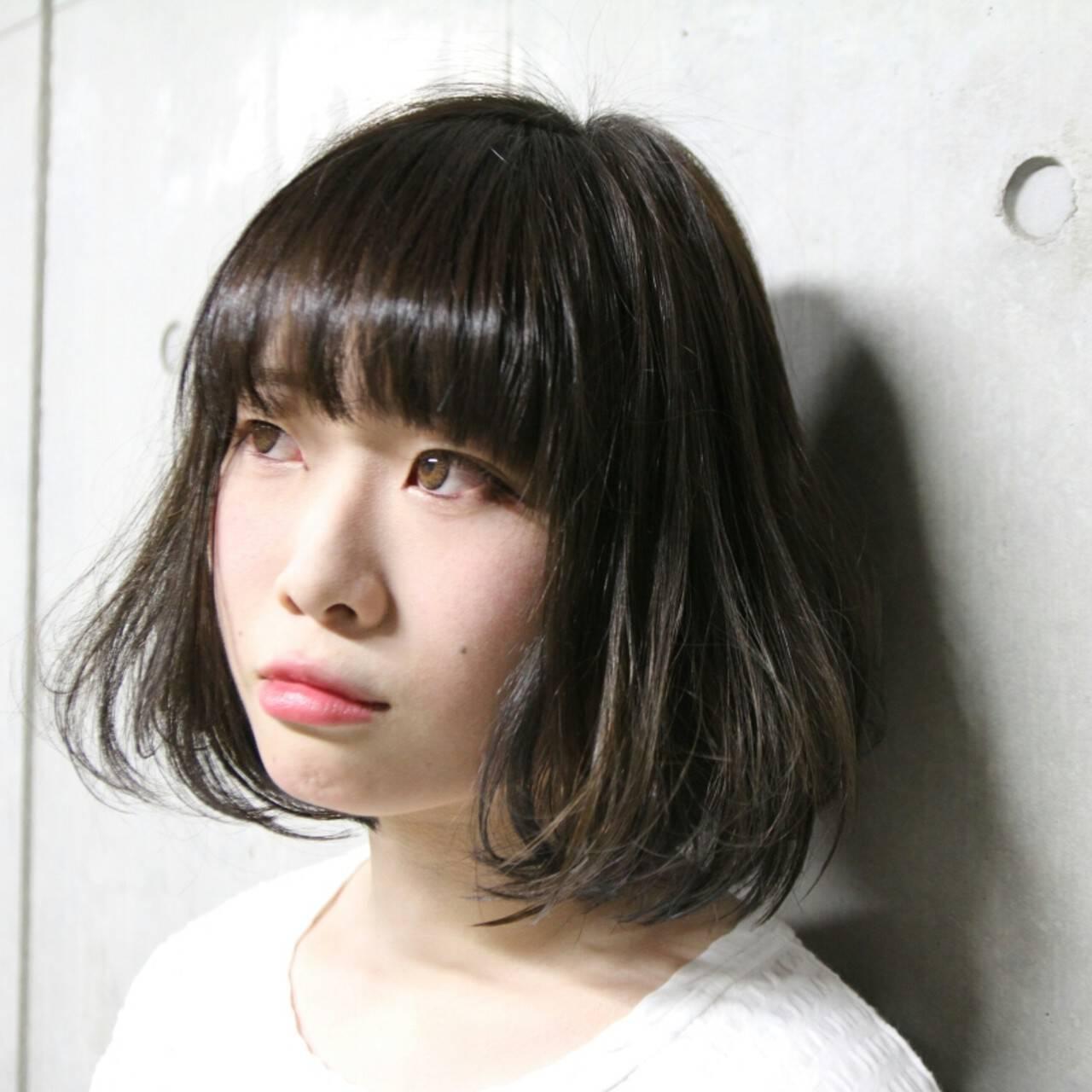 モード ボブ インナーカラーヘアスタイルや髪型の写真・画像
