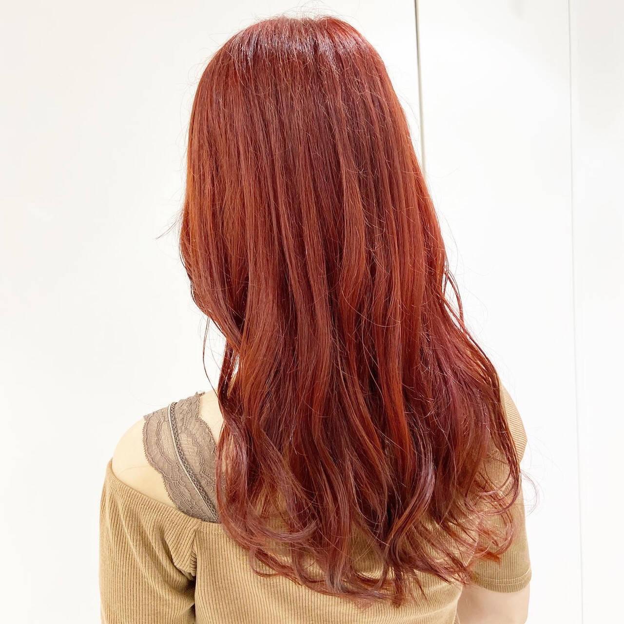 フェミニン レッド チェリーレッド カシスレッドヘアスタイルや髪型の写真・画像