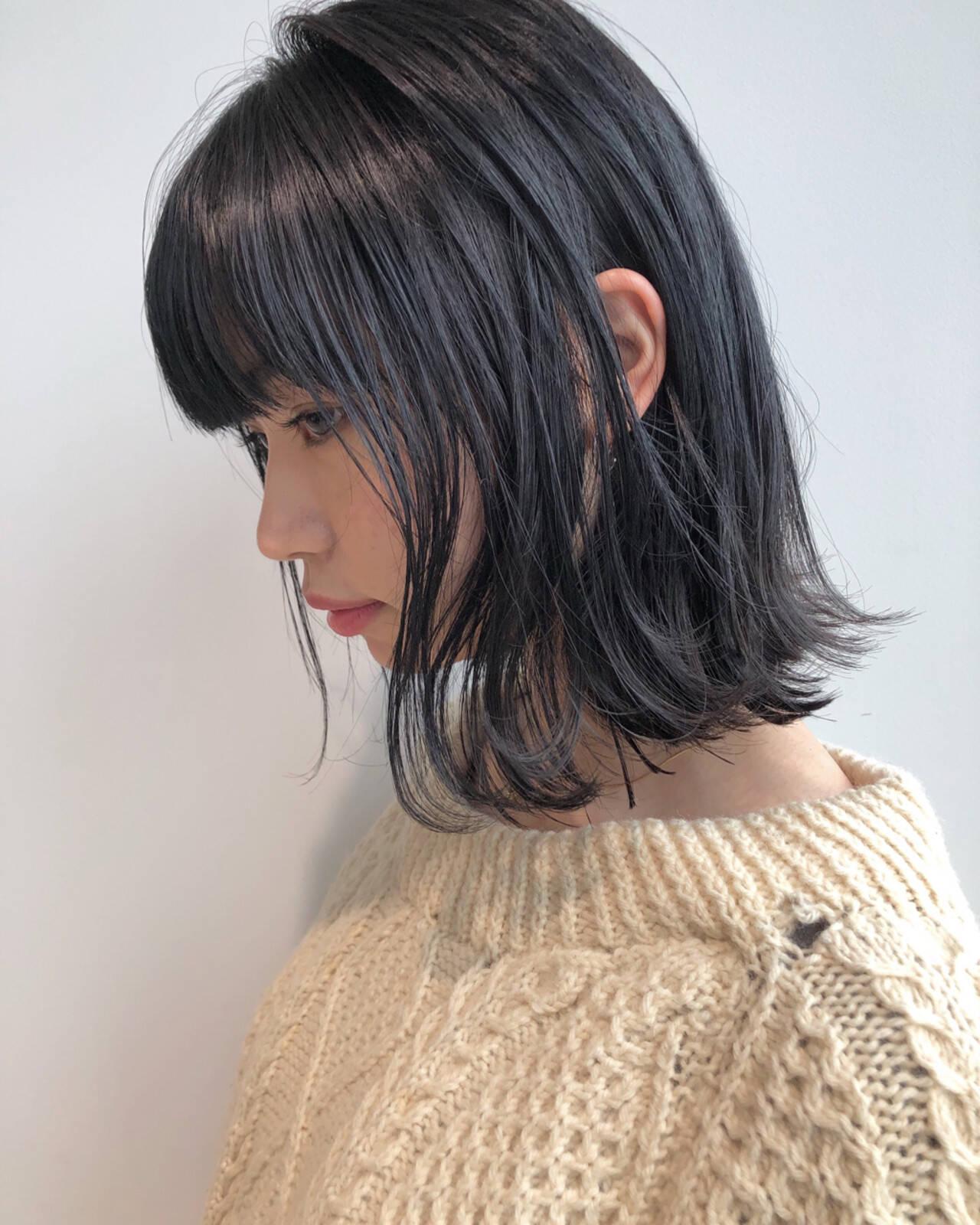 黒髪 ナチュラル シースルーバング オン眉ヘアスタイルや髪型の写真・画像