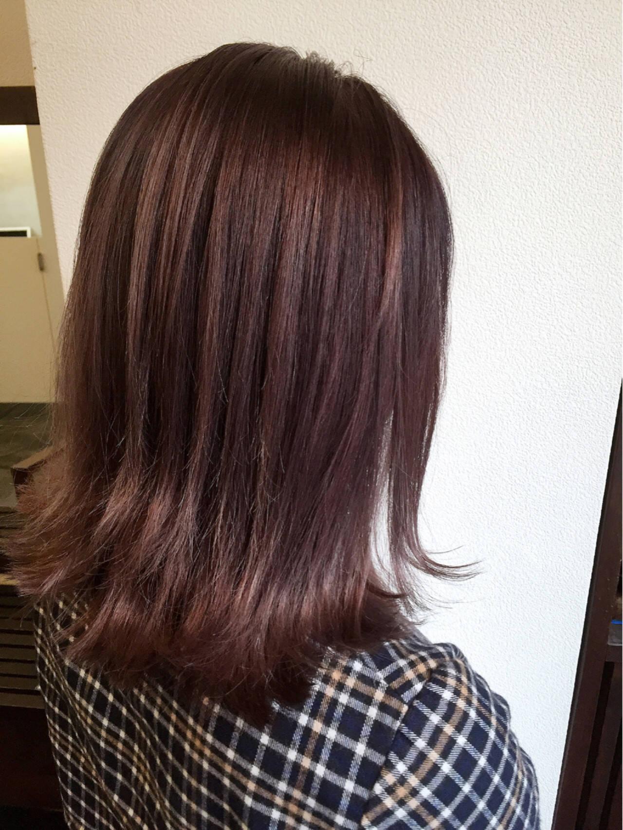 ガーリー グラデーションカラー レッド ミディアムヘアスタイルや髪型の写真・画像