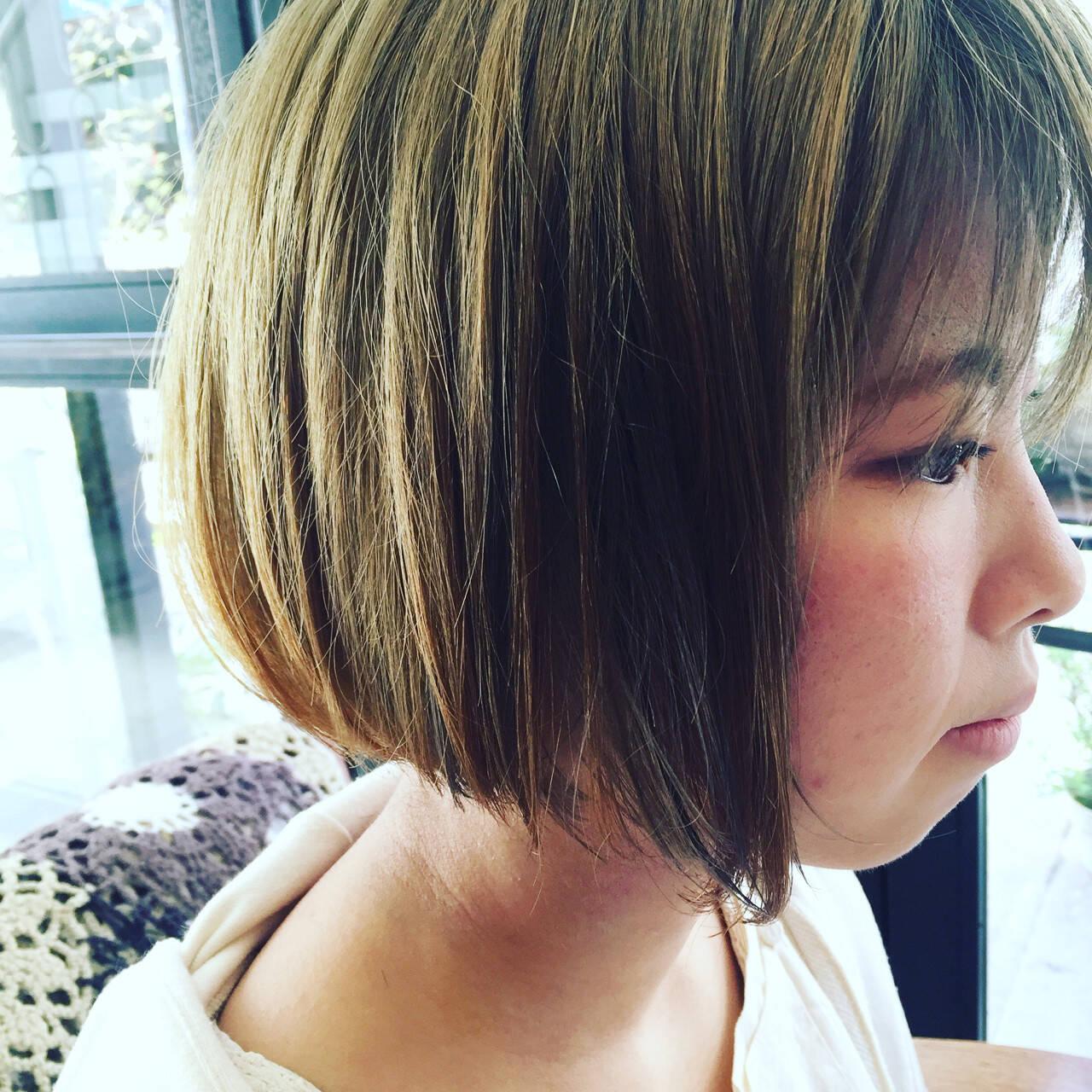 ストリート オリーブアッシュ ブリーチ ボブヘアスタイルや髪型の写真・画像