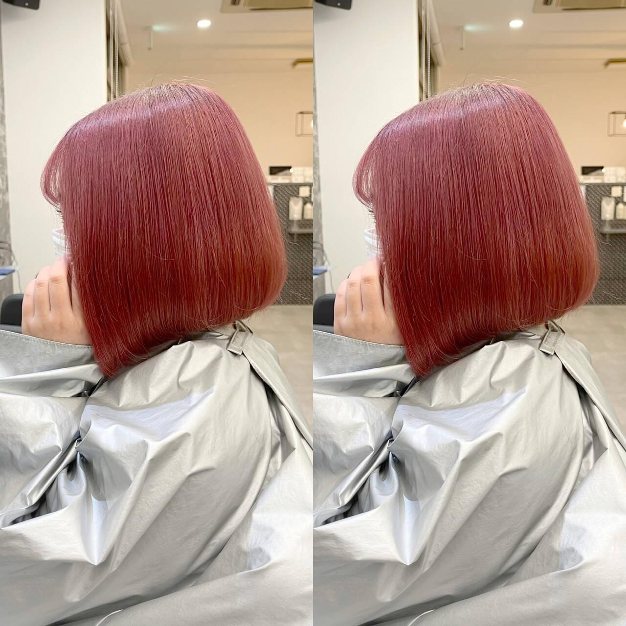 艶髪 前下がりボブ ベリーピンク ガーリーヘアスタイルや髪型の写真・画像