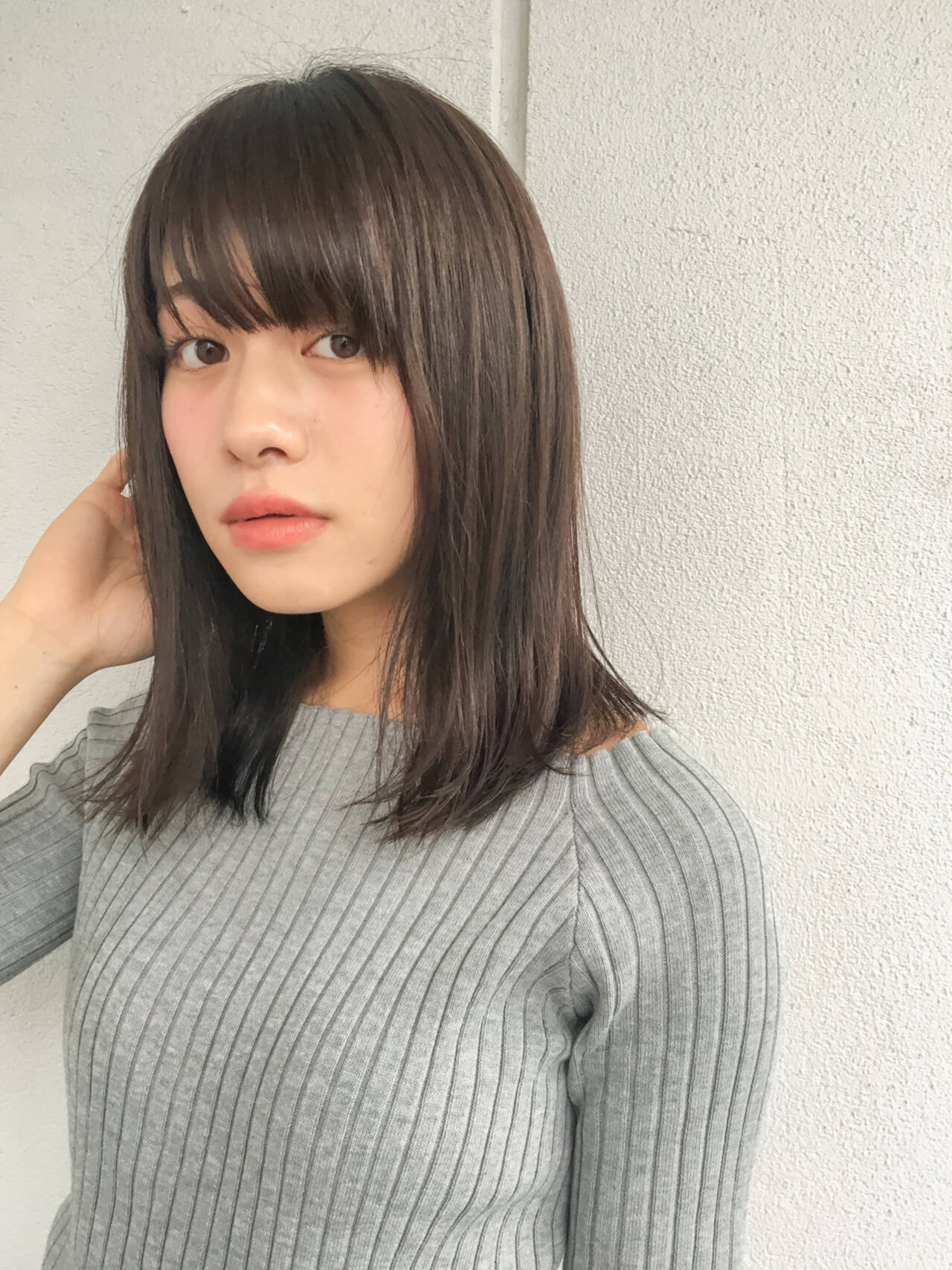 ミディアム 黒髪 暗髪 冬ヘアスタイルや髪型の写真・画像