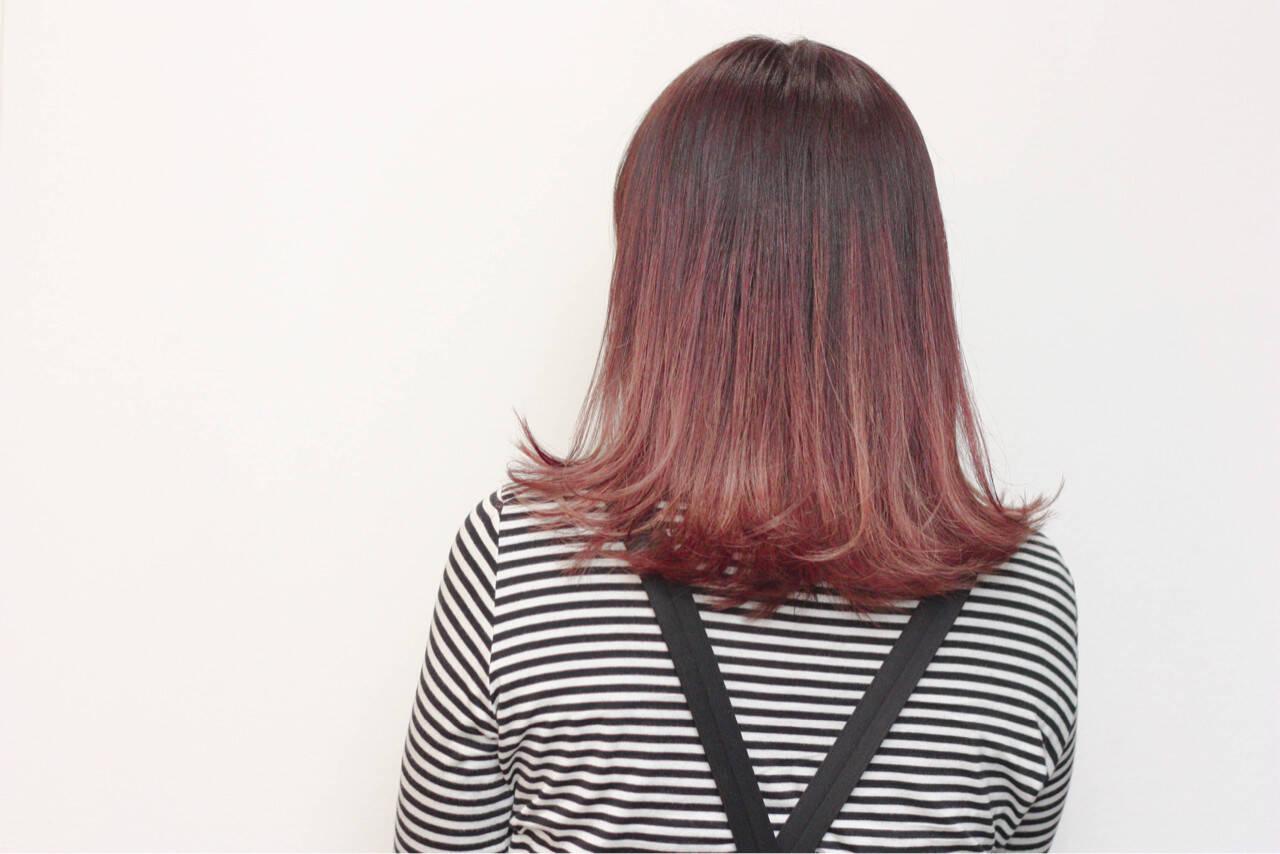 デート ピンク ストリート ミルクティーヘアスタイルや髪型の写真・画像