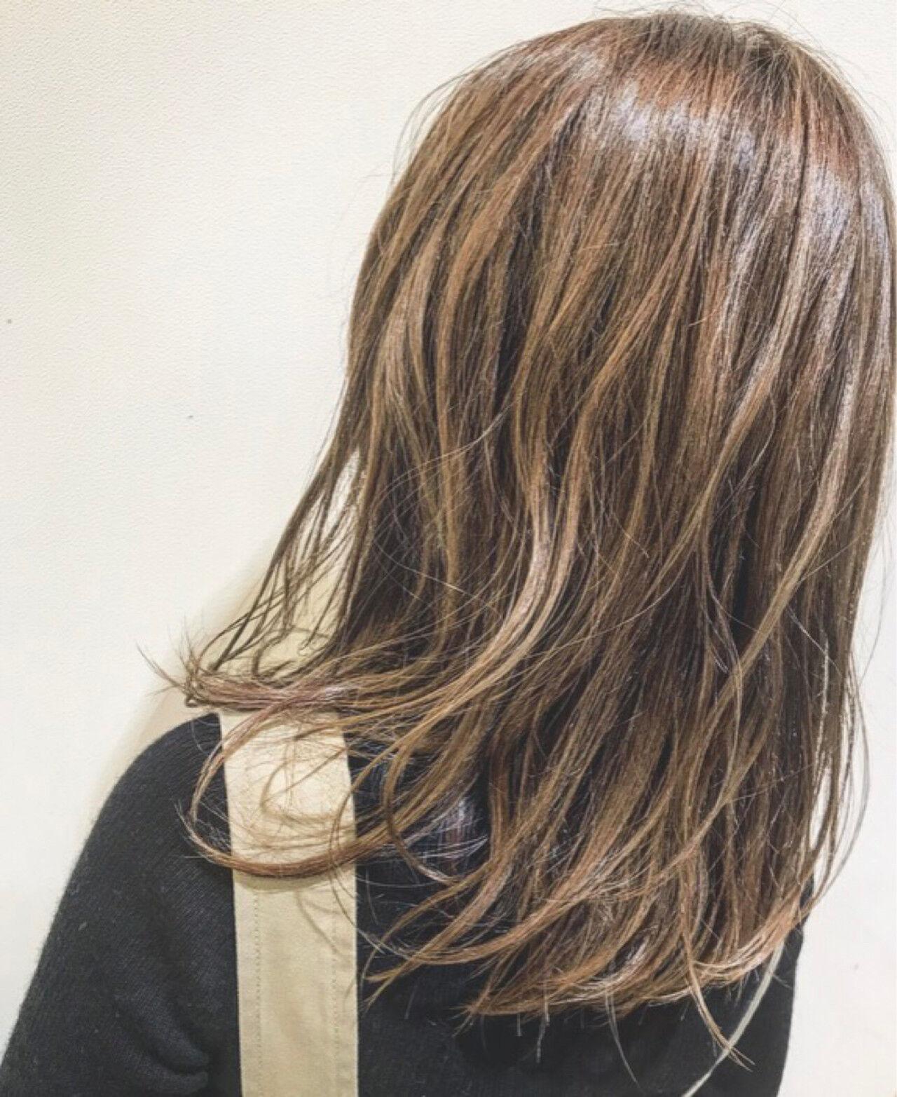 ハイライト 金髪 アッシュ 外国人風カラーヘアスタイルや髪型の写真・画像