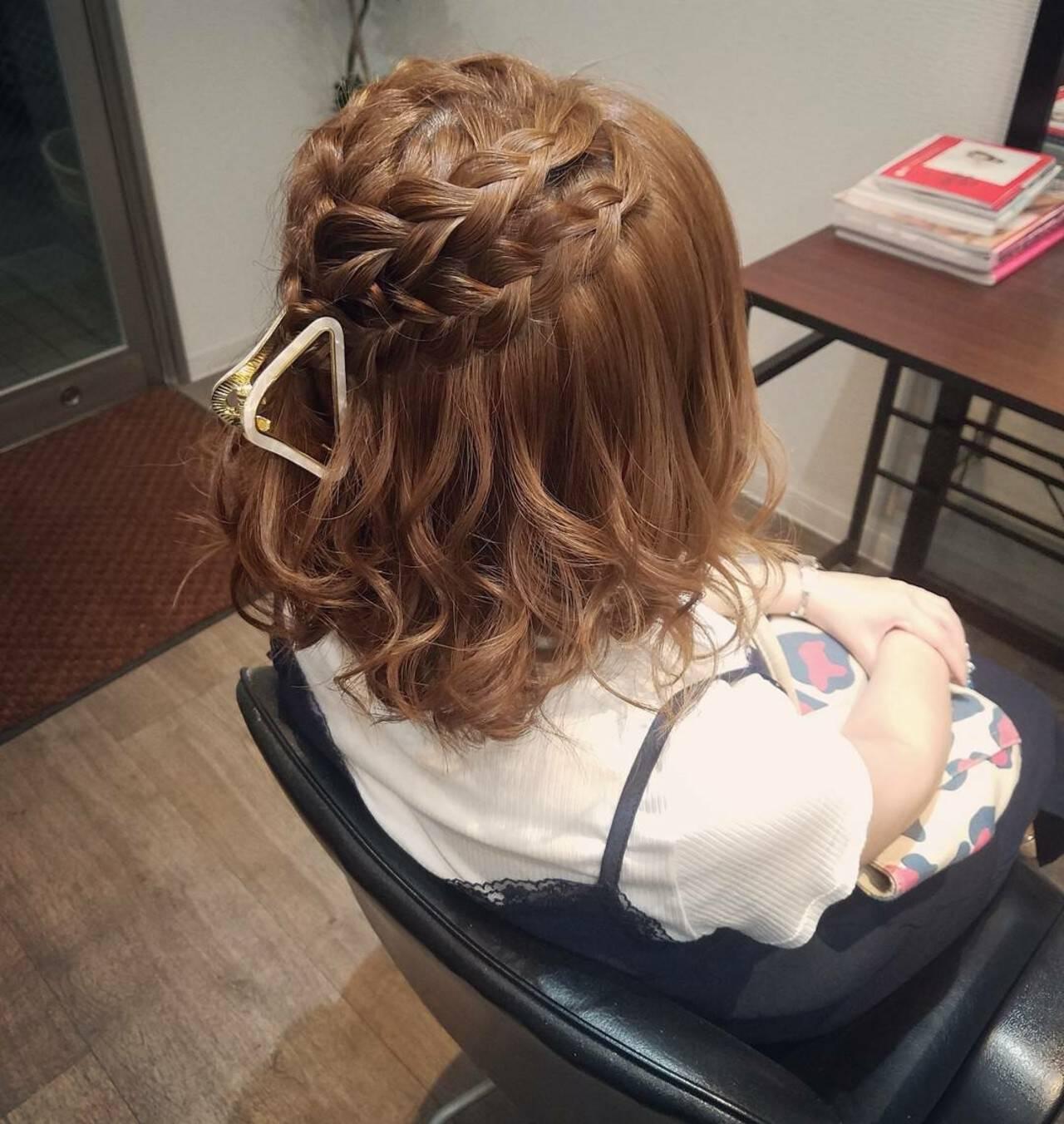 編み込み ヘアアレンジ ガーリー ボブヘアスタイルや髪型の写真・画像