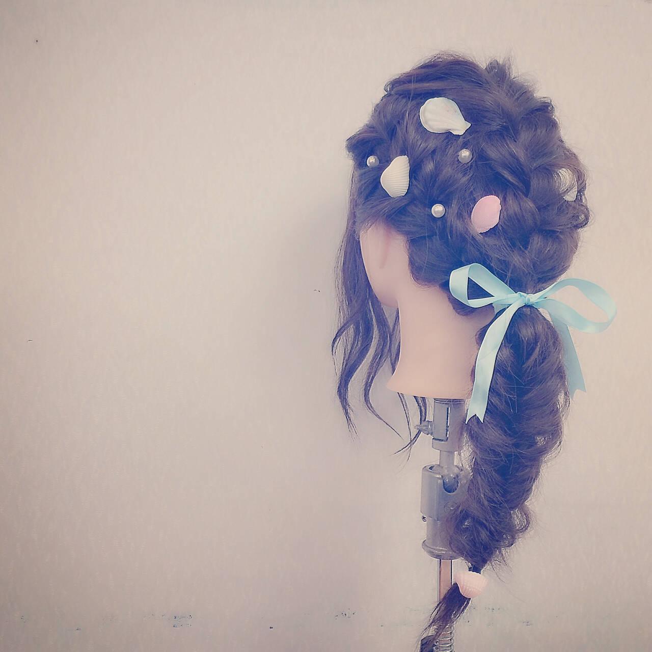 フェミニン ゆるふわ 二次会 ロングヘアスタイルや髪型の写真・画像