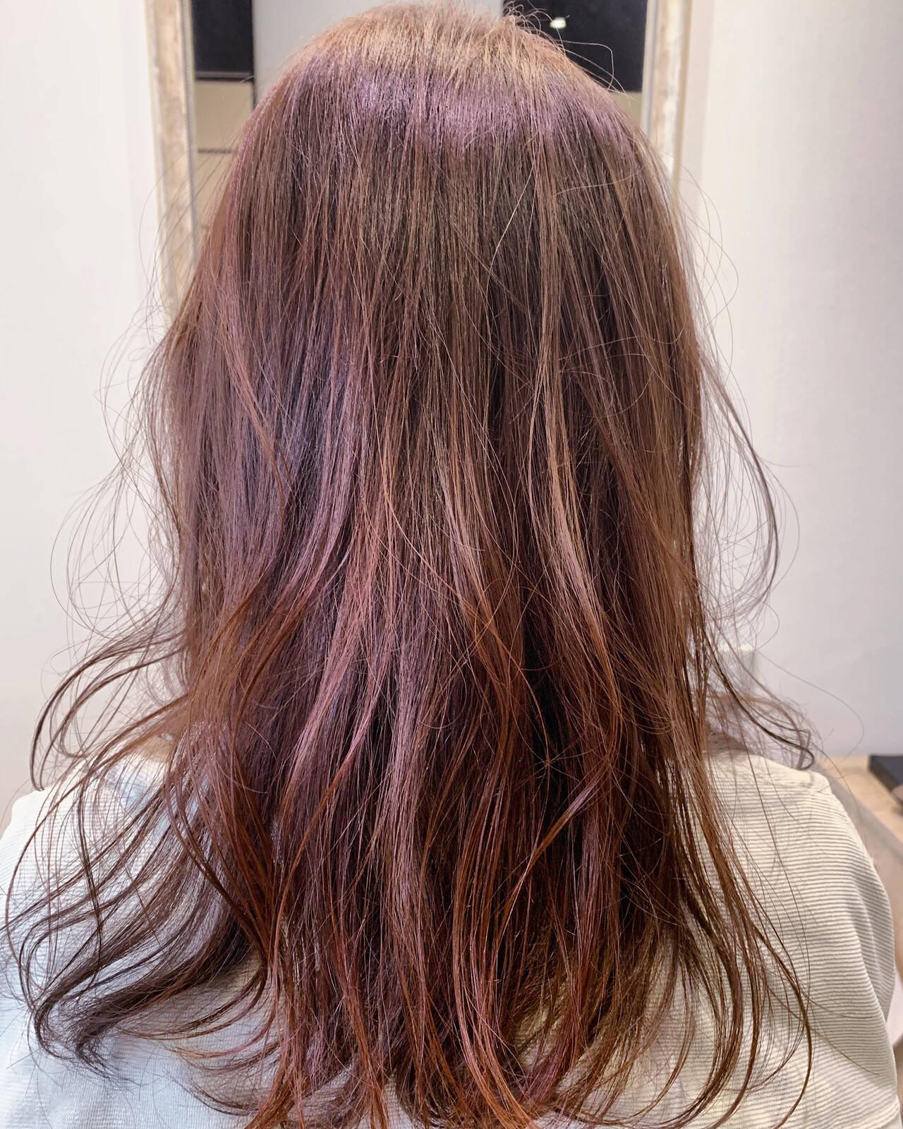ピンクブラウン ピンクベージュ 大人可愛い フェミニンヘアスタイルや髪型の写真・画像