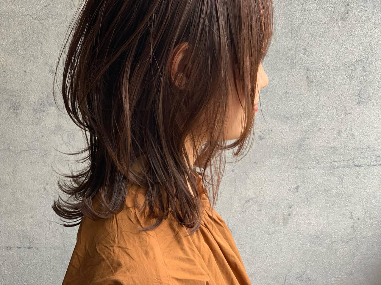 くびれボブ ミディアムレイヤー レイヤーボブ ウルフカットヘアスタイルや髪型の写真・画像