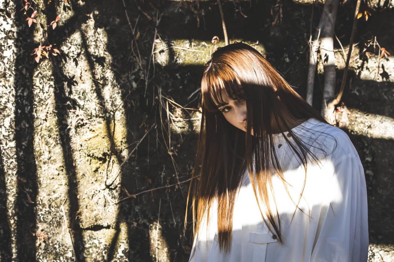 ロング ヌーディベージュ 大人ハイライト ストリートヘアスタイルや髪型の写真・画像