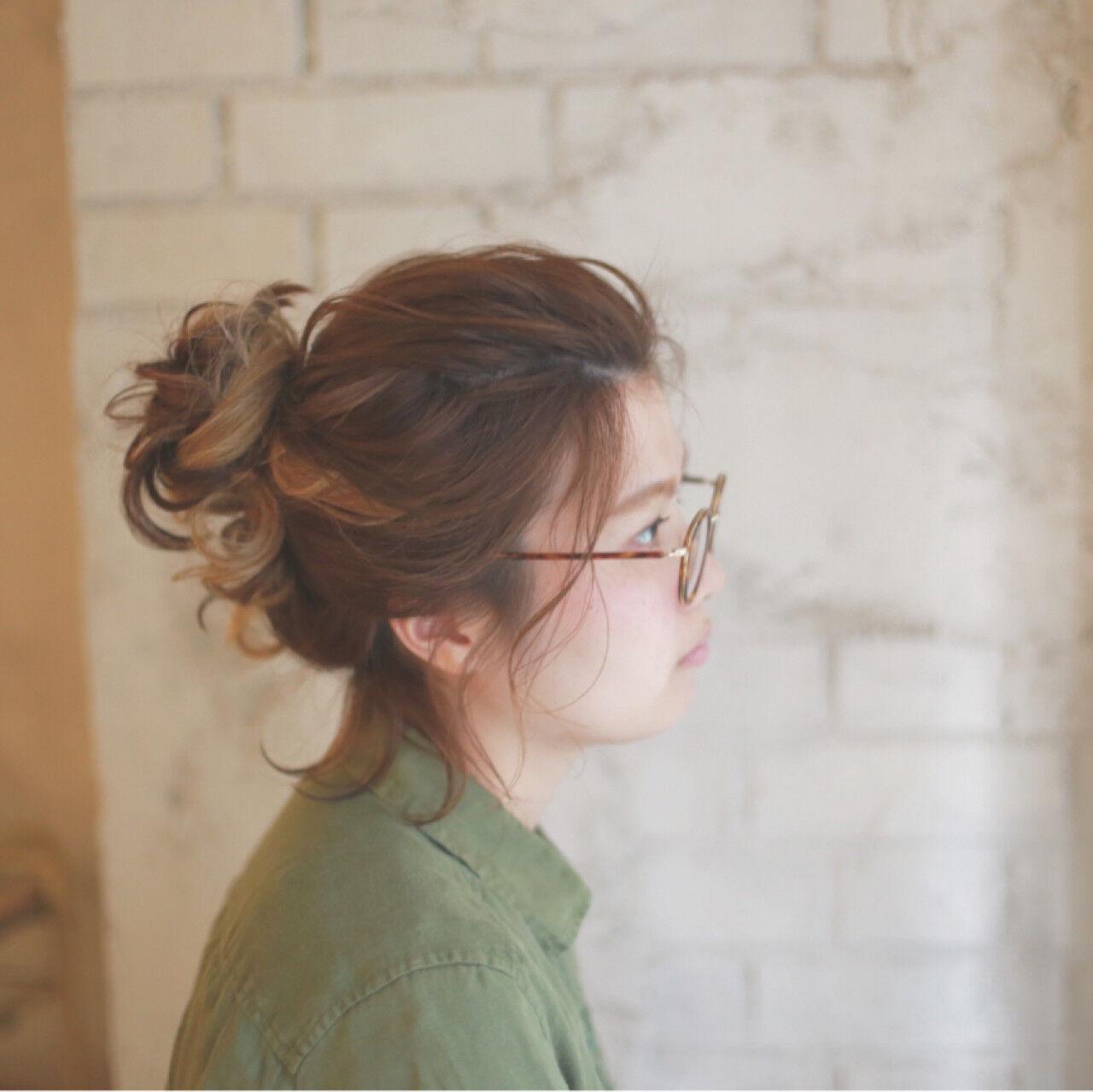 ミディアム 夏 くせ毛風 ゆるふわヘアスタイルや髪型の写真・画像