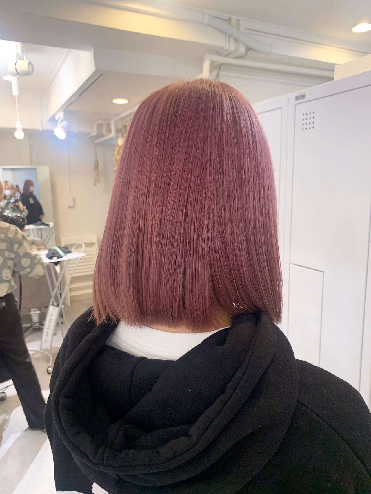 ピンク ピンクベージュ ボブ ピンクアッシュヘアスタイルや髪型の写真・画像