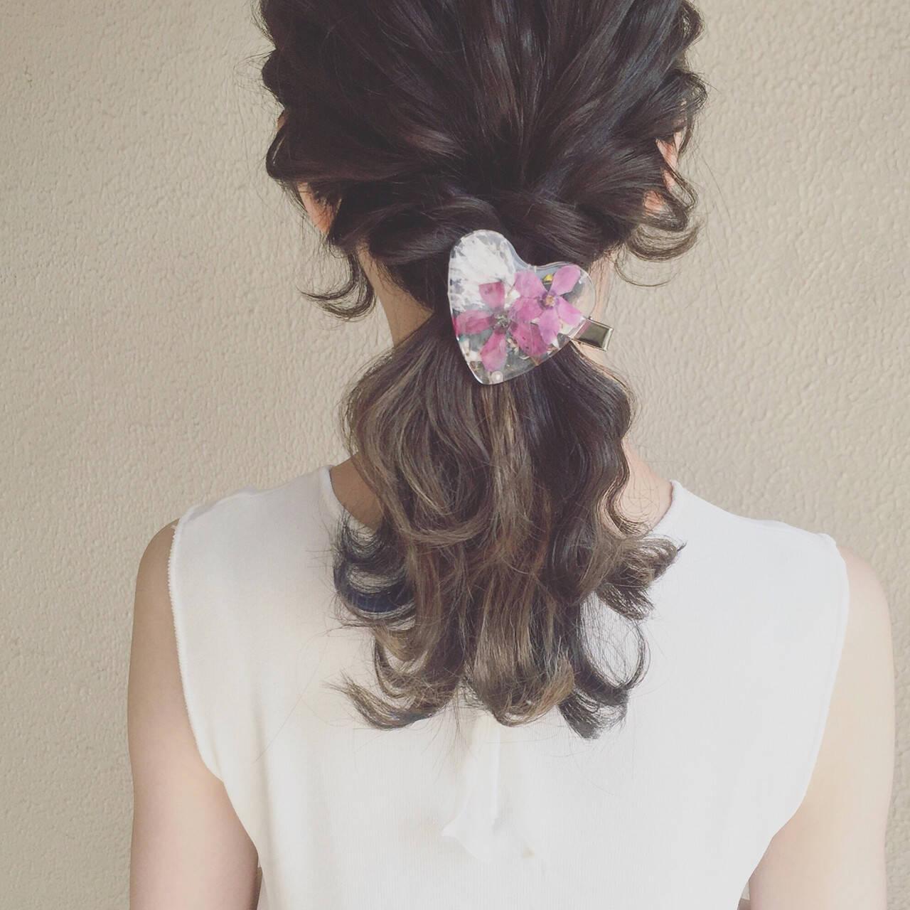 外国人風 セミロング ヘアアレンジ ゆるふわヘアスタイルや髪型の写真・画像