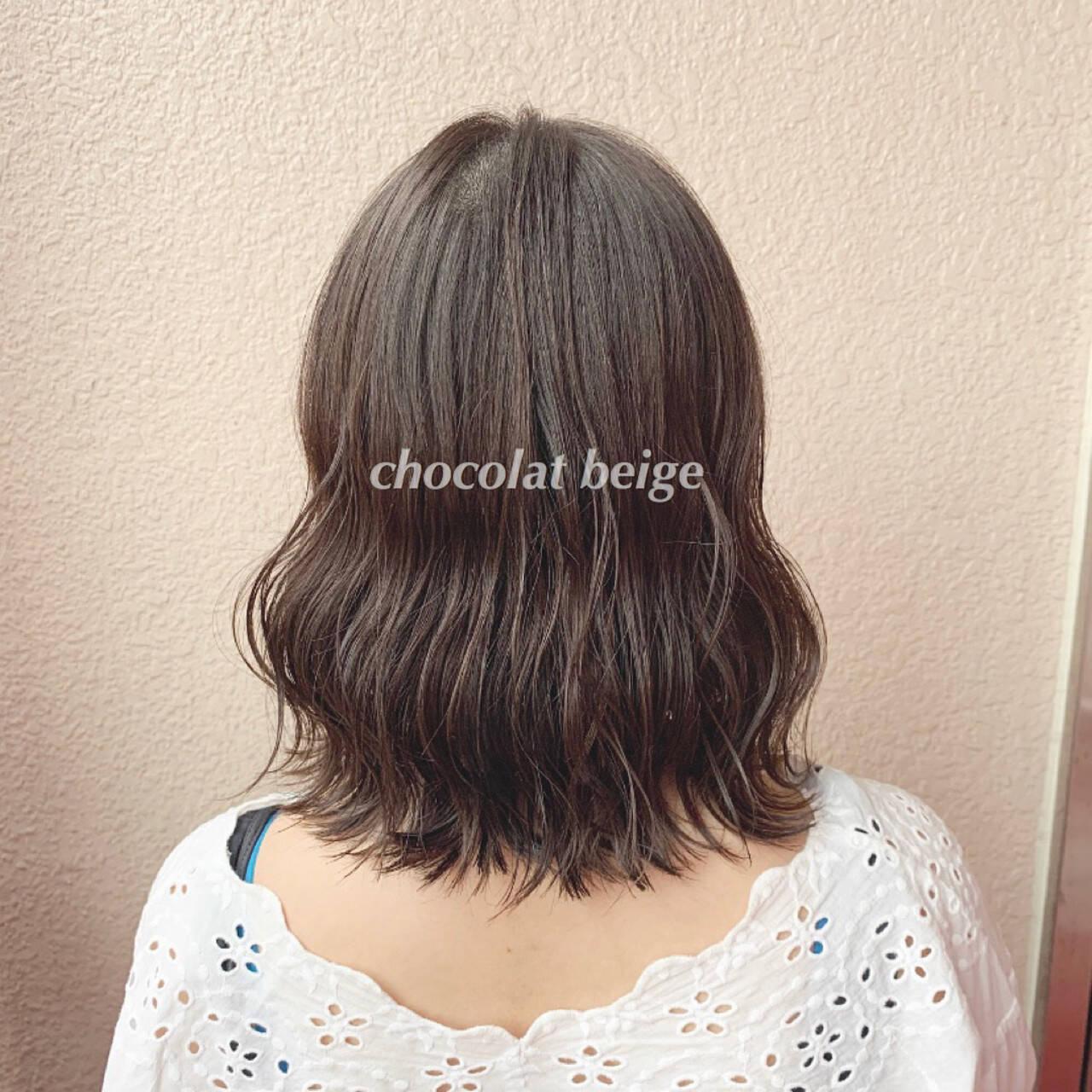 大人可愛い ミルクティーベージュ 透明感カラー ブリーチなしヘアスタイルや髪型の写真・画像