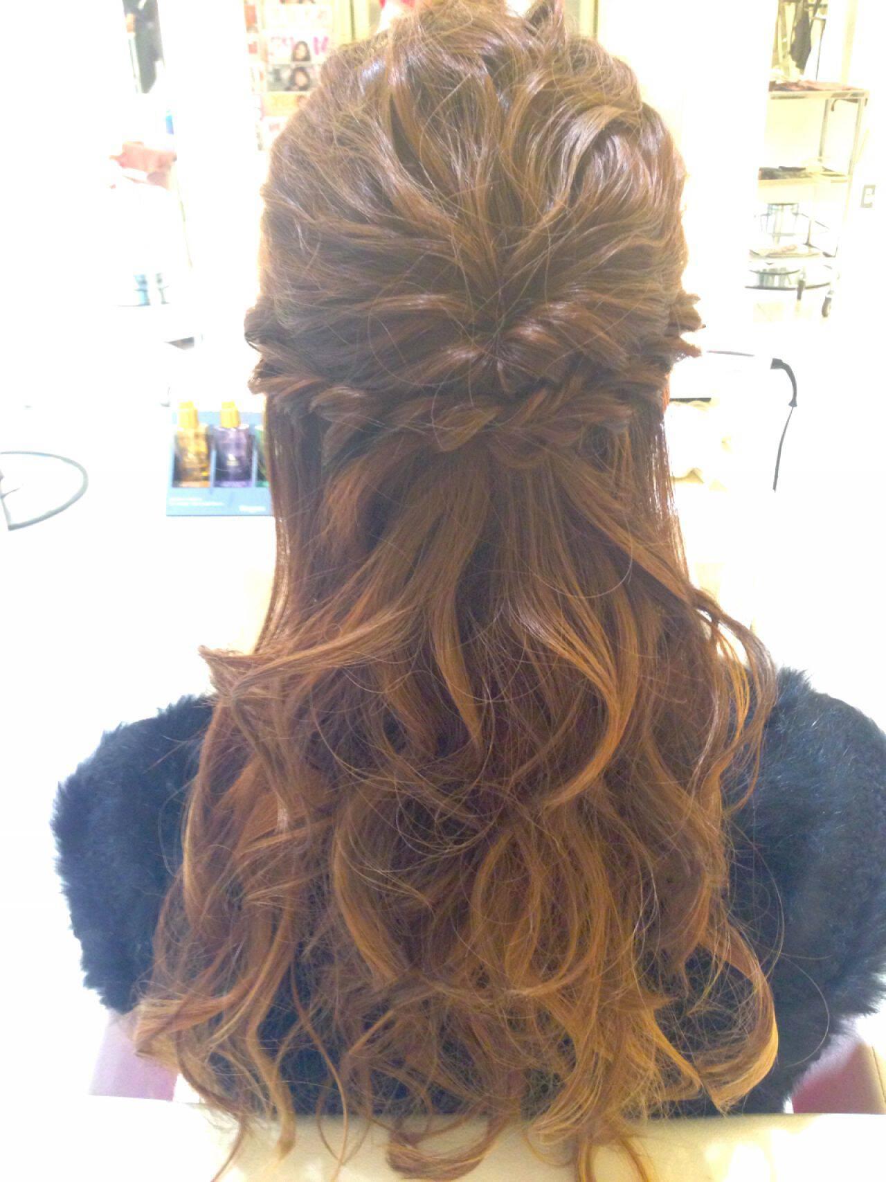 結婚式 波ウェーブ ヘアアレンジ コンサバヘアスタイルや髪型の写真・画像