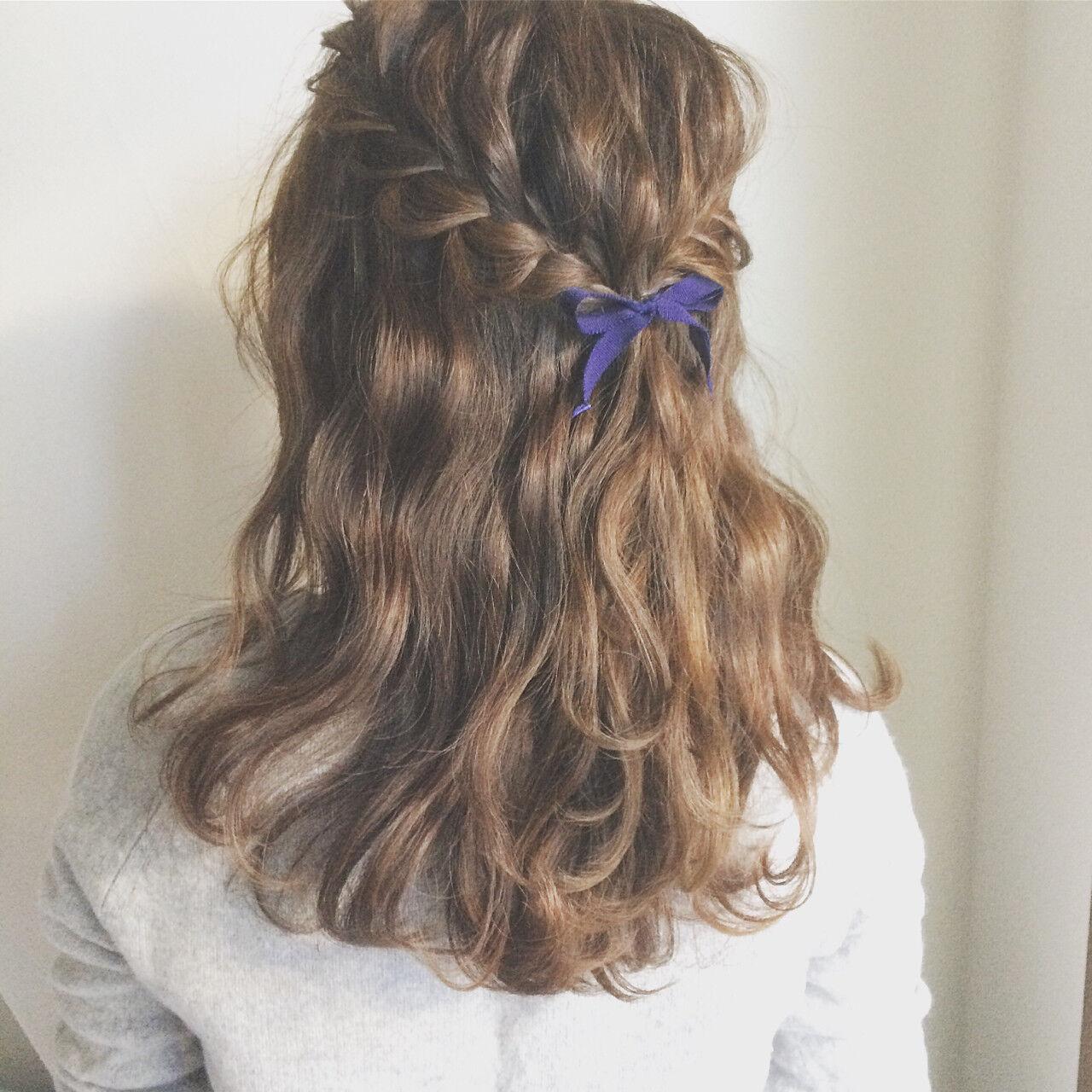 ショート 外国人風 ハーフアップ 簡単ヘアアレンジヘアスタイルや髪型の写真・画像