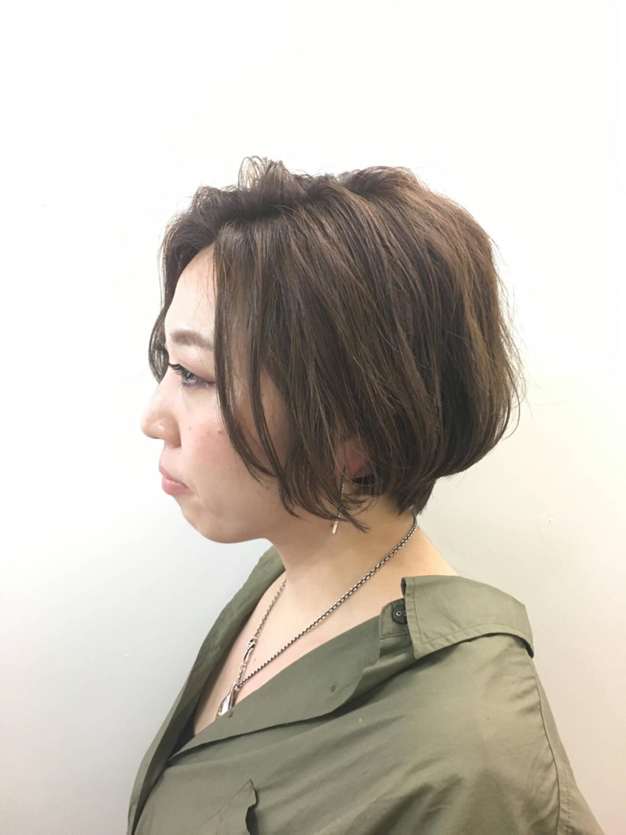 ボブ ハイライト 小顔 大人女子ヘアスタイルや髪型の写真・画像
